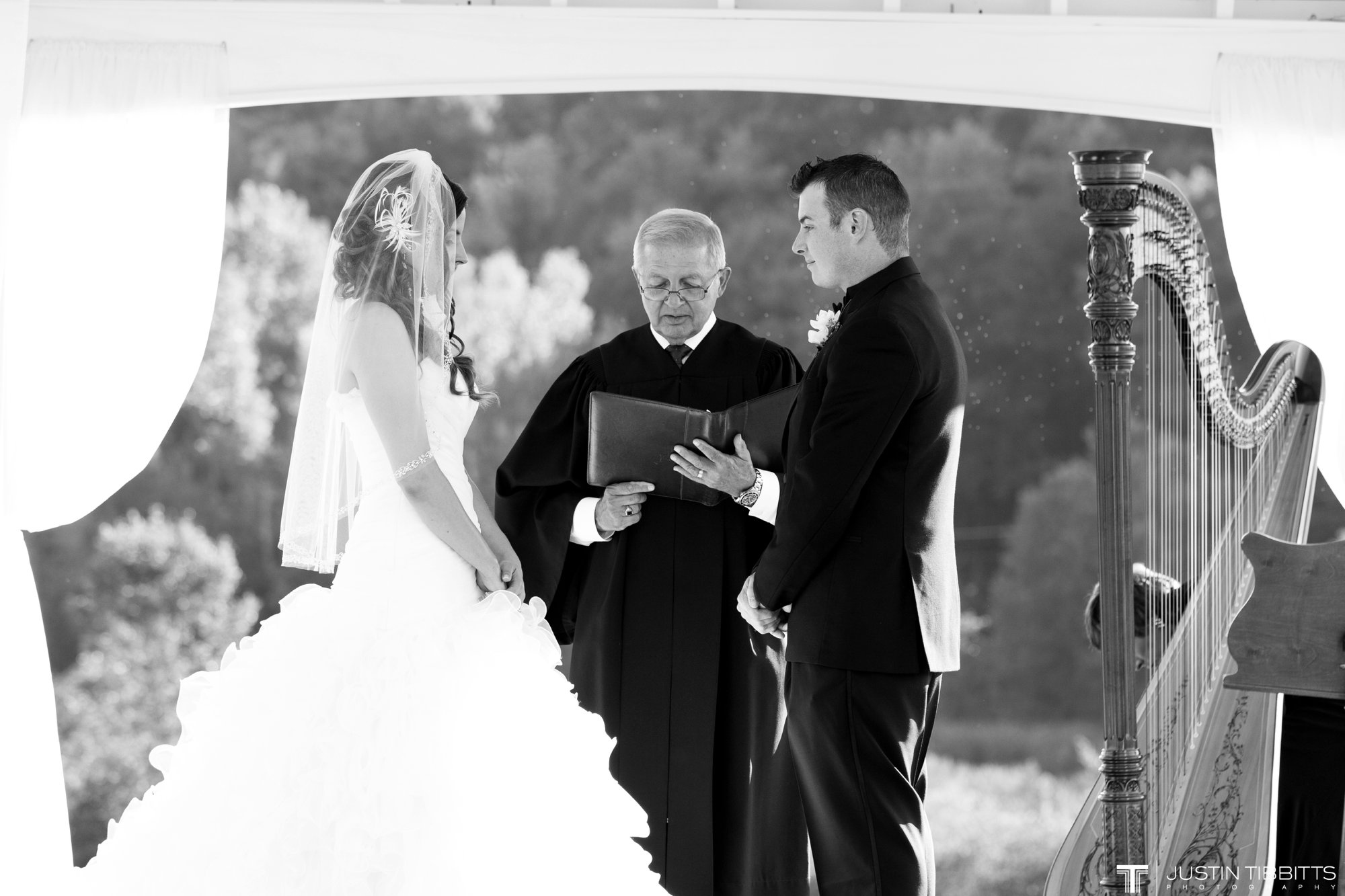 Justin Tibbitts Photography Mr and Mrs Zaffino Deannas Bridal Wedding-216