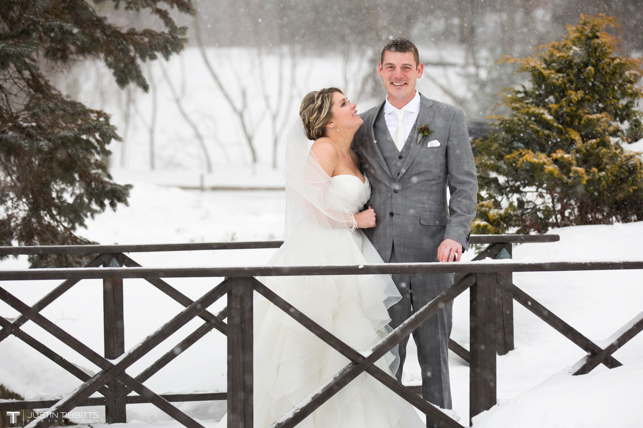 Kulanko Crooked Lake House Wedding-241