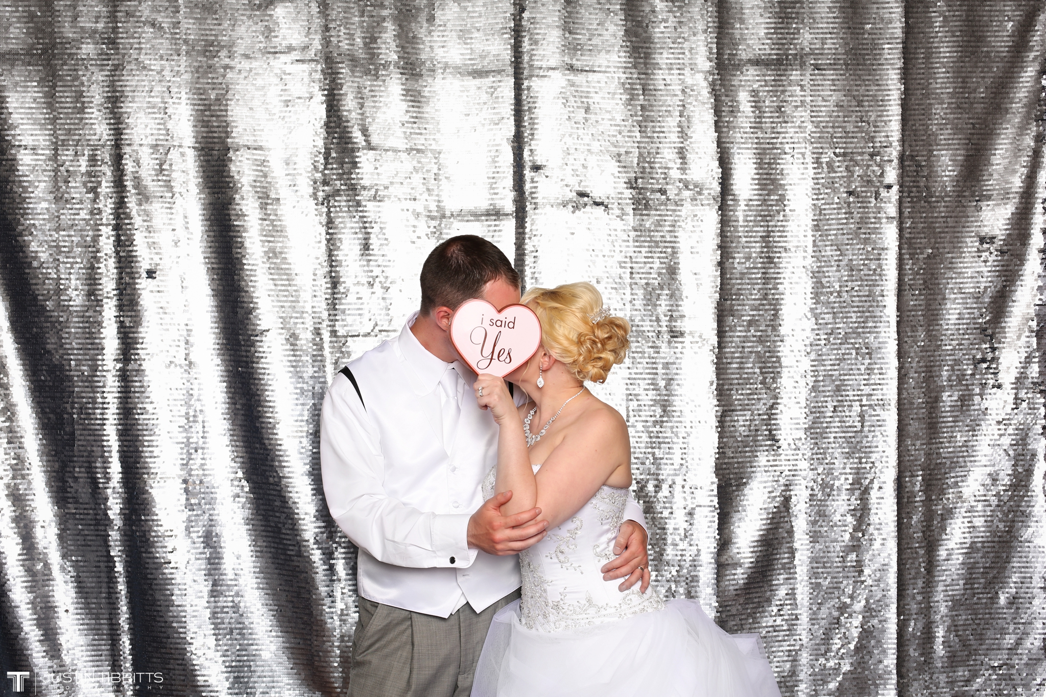 mr and mrs pruyn photo booth-2