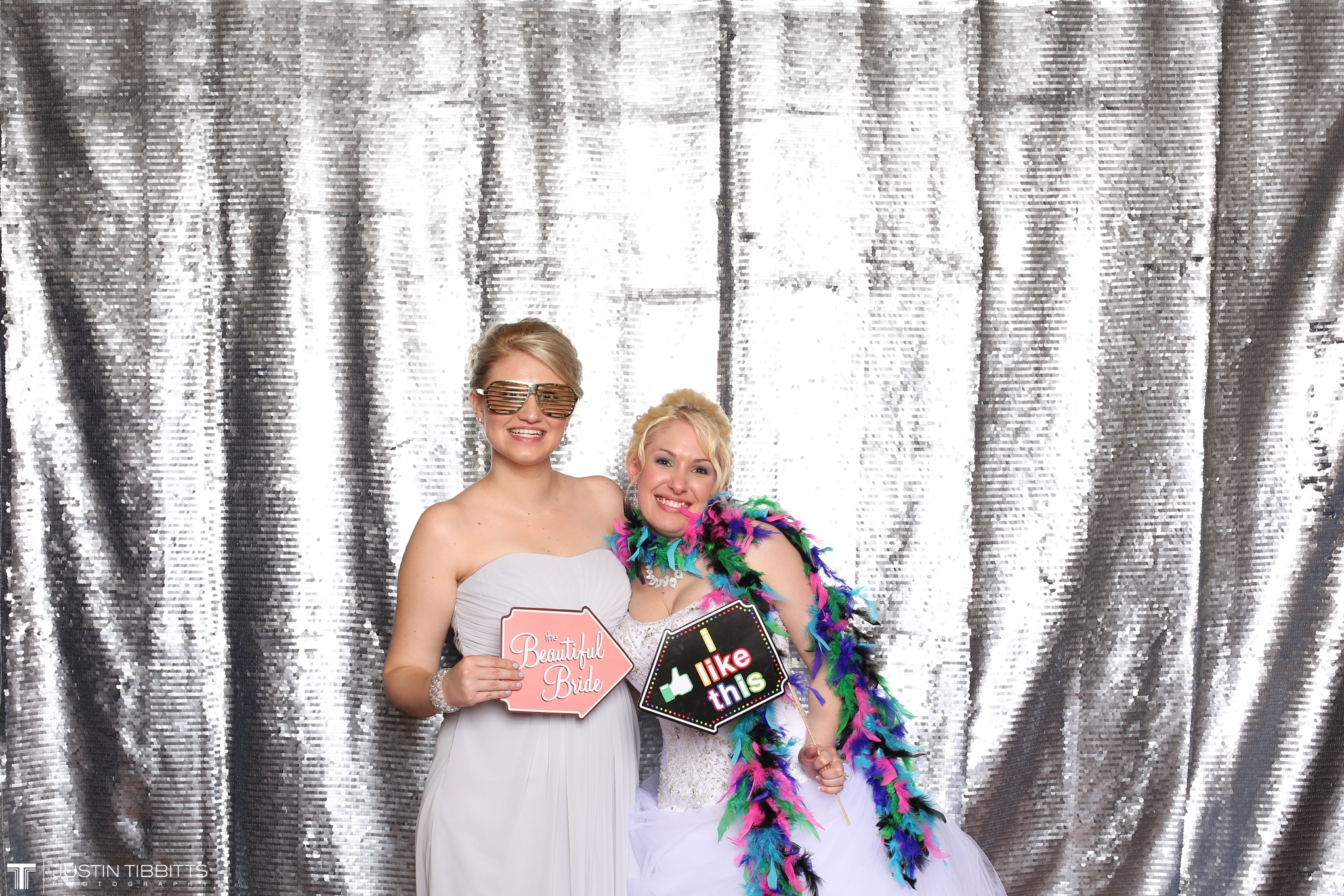 mr and mrs pruyn photo booth-61