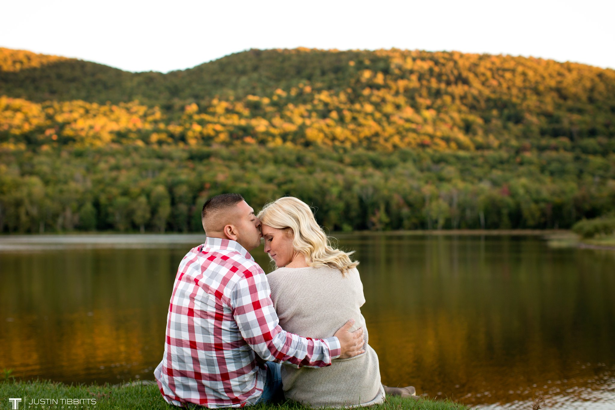 colgate-lake-engagement-photos-with-jenna-and-mike_0040