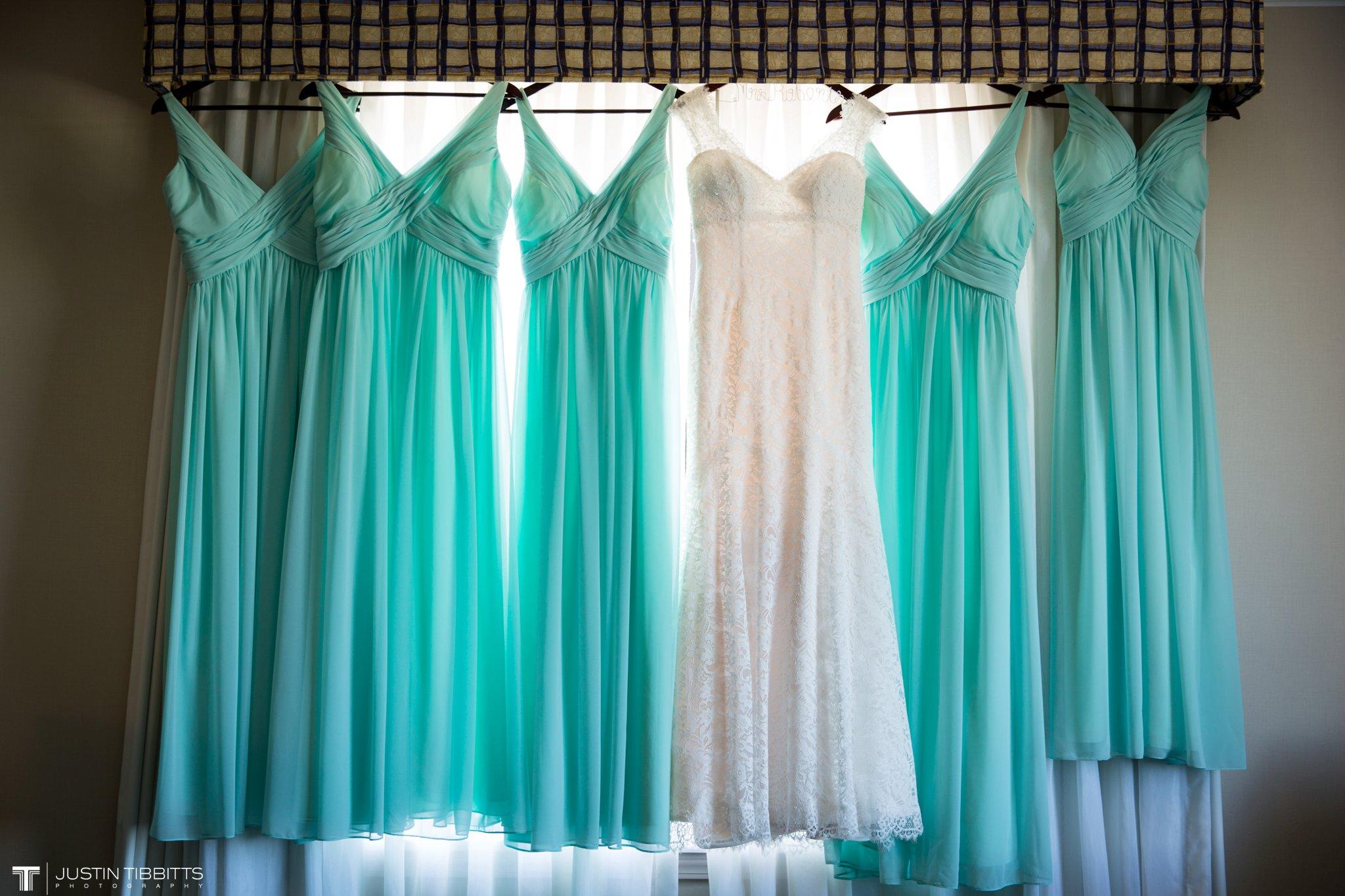 crooked-lake-house-wedding-photos-with-agata-and-seth_0001