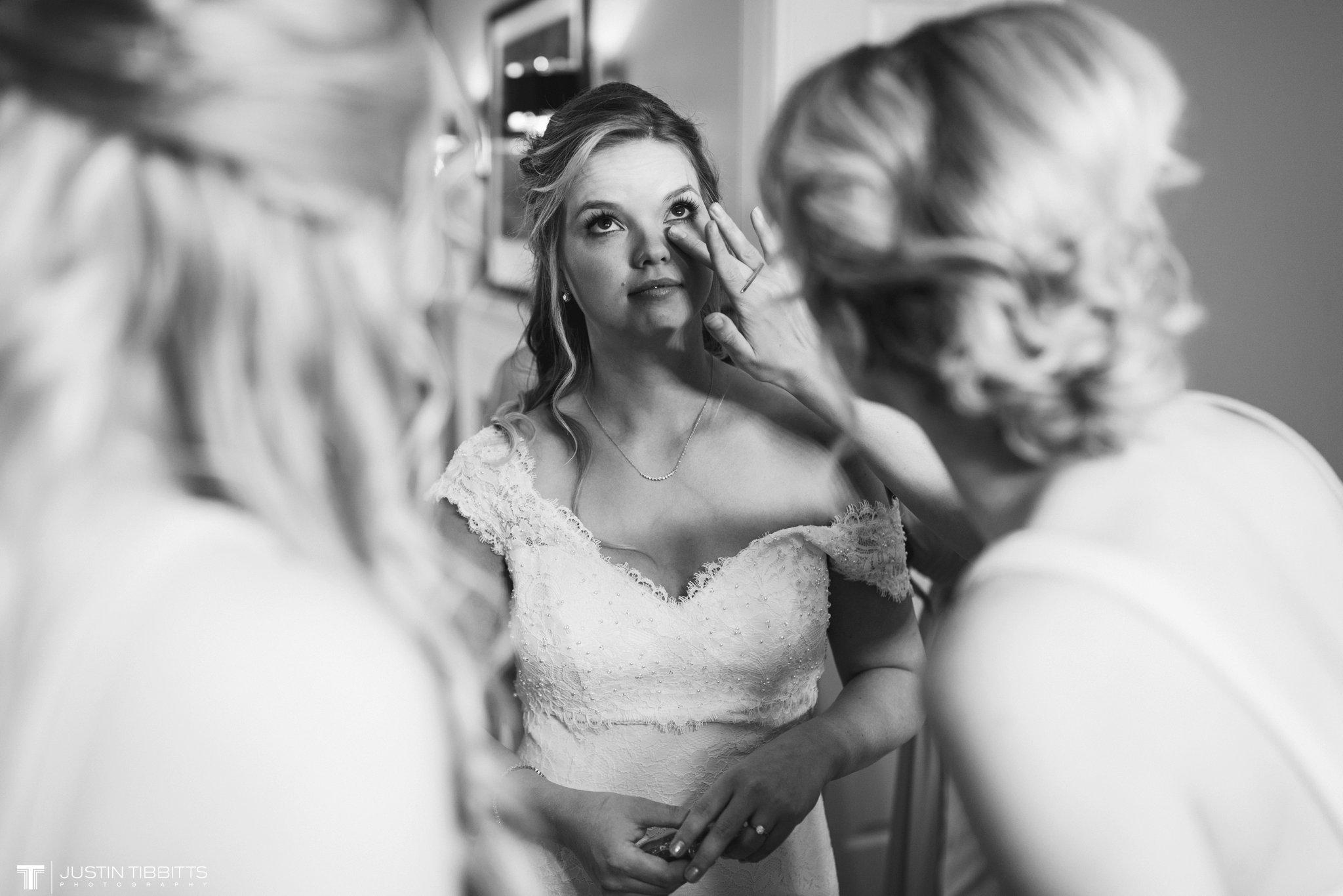 crooked-lake-house-wedding-photos-with-agata-and-seth_0027