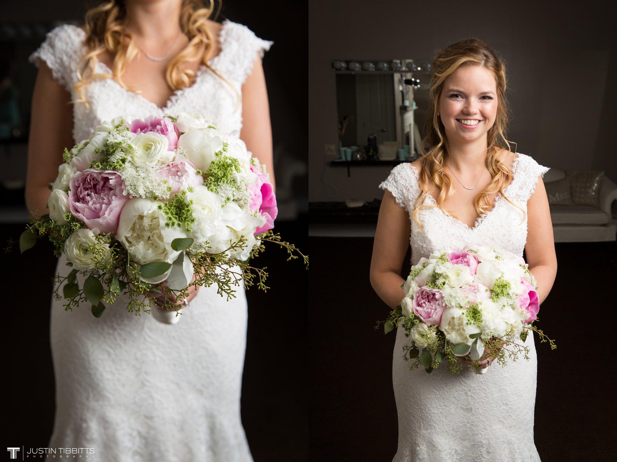 crooked-lake-house-wedding-photos-with-agata-and-seth_0030
