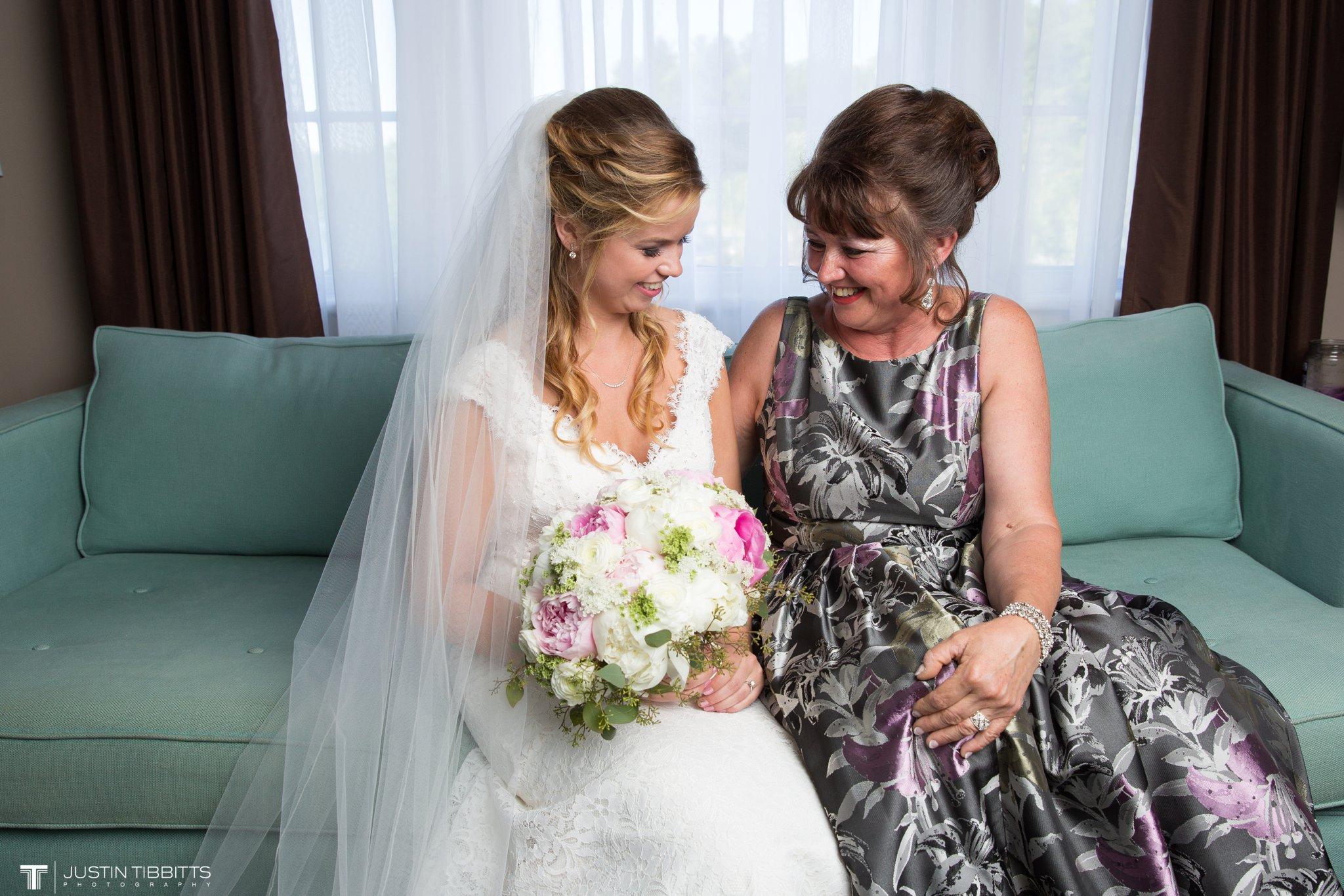 crooked-lake-house-wedding-photos-with-agata-and-seth_0034