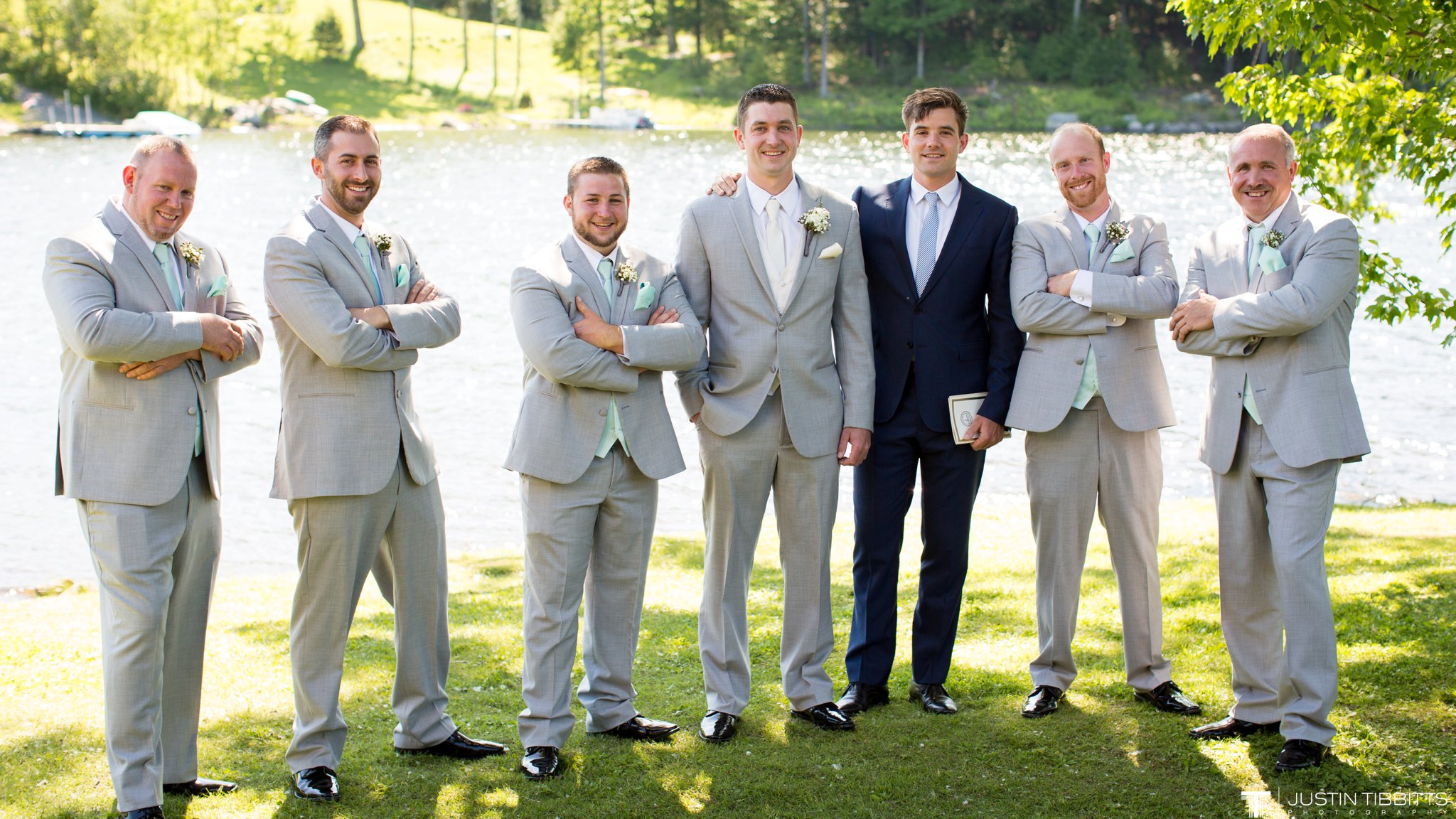 crooked-lake-house-wedding-photos-with-agata-and-seth_0044