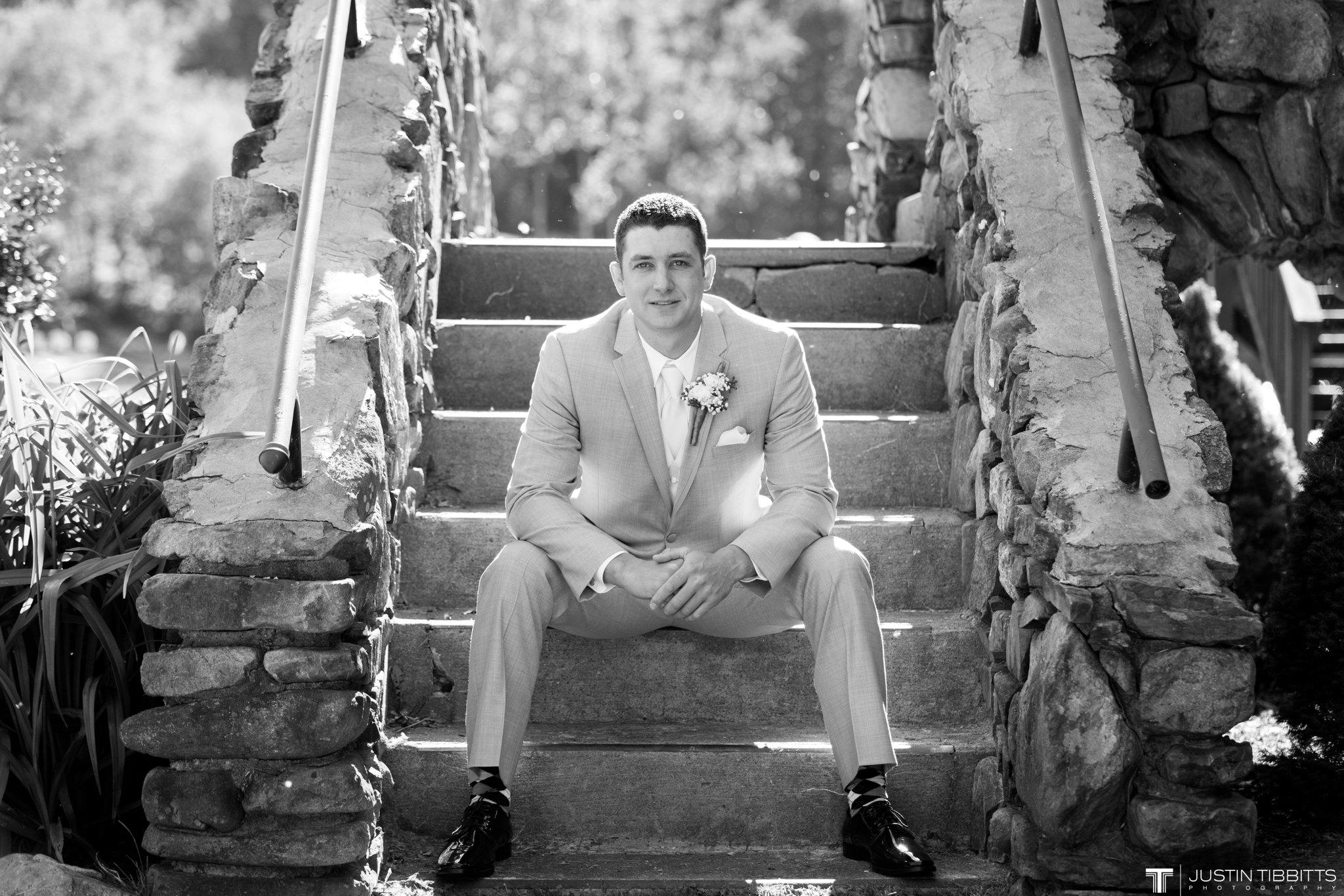 crooked-lake-house-wedding-photos-with-agata-and-seth_0046