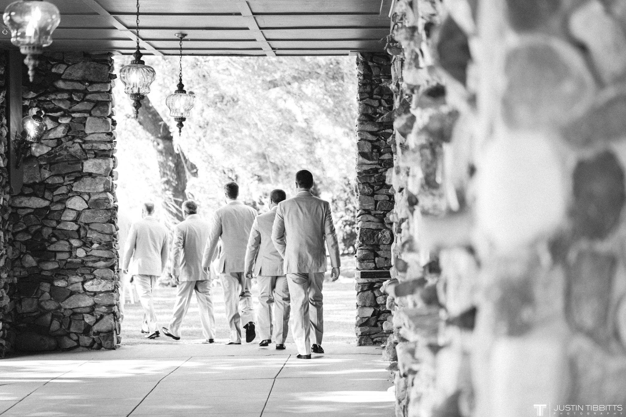 crooked-lake-house-wedding-photos-with-agata-and-seth_0050