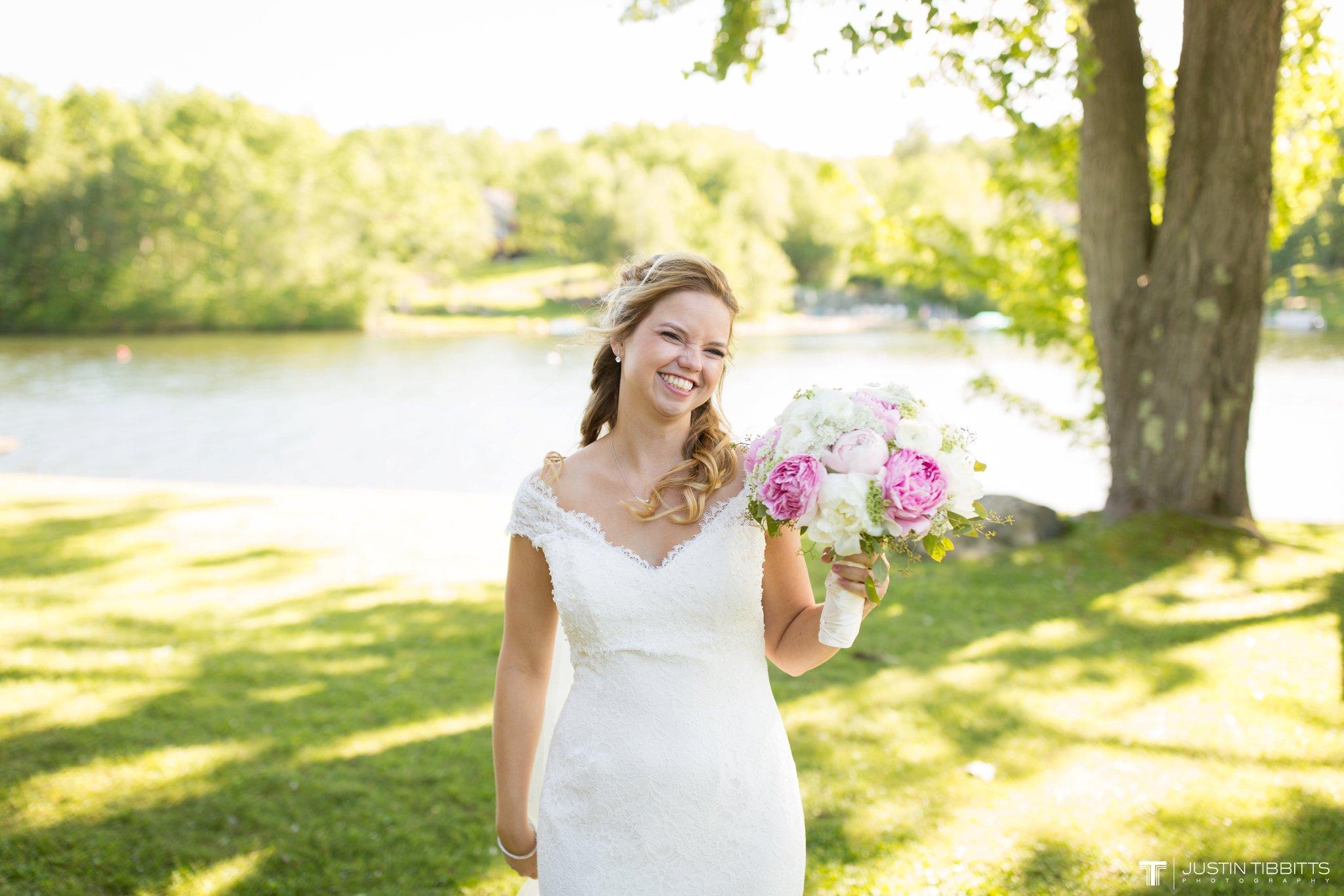 crooked-lake-house-wedding-photos-with-agata-and-seth_0064