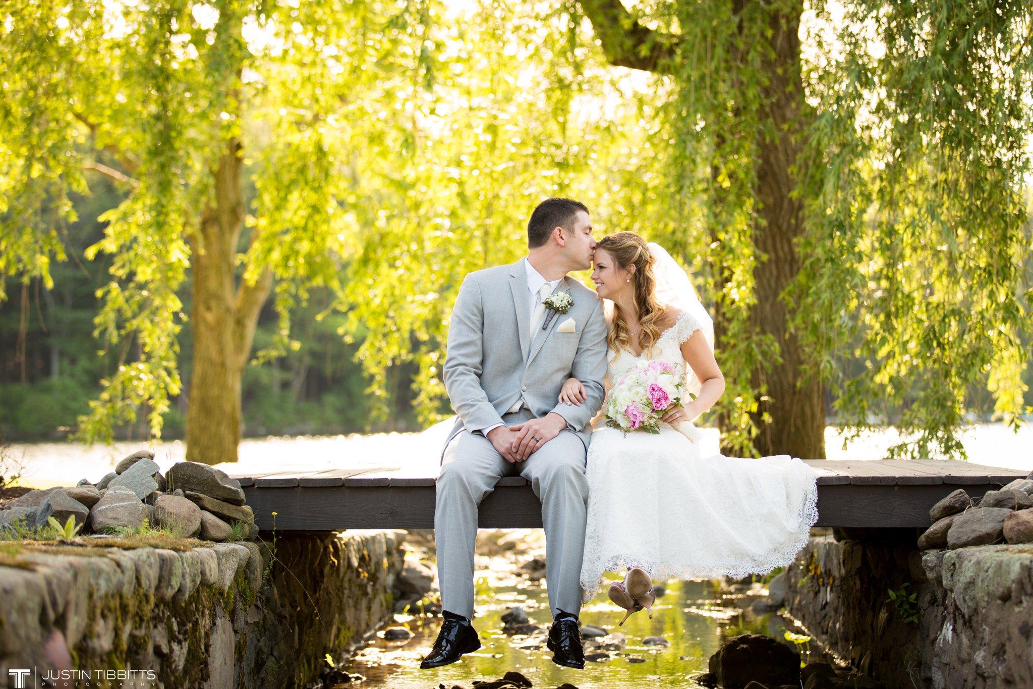 crooked-lake-house-wedding-photos-with-agata-and-seth_0079
