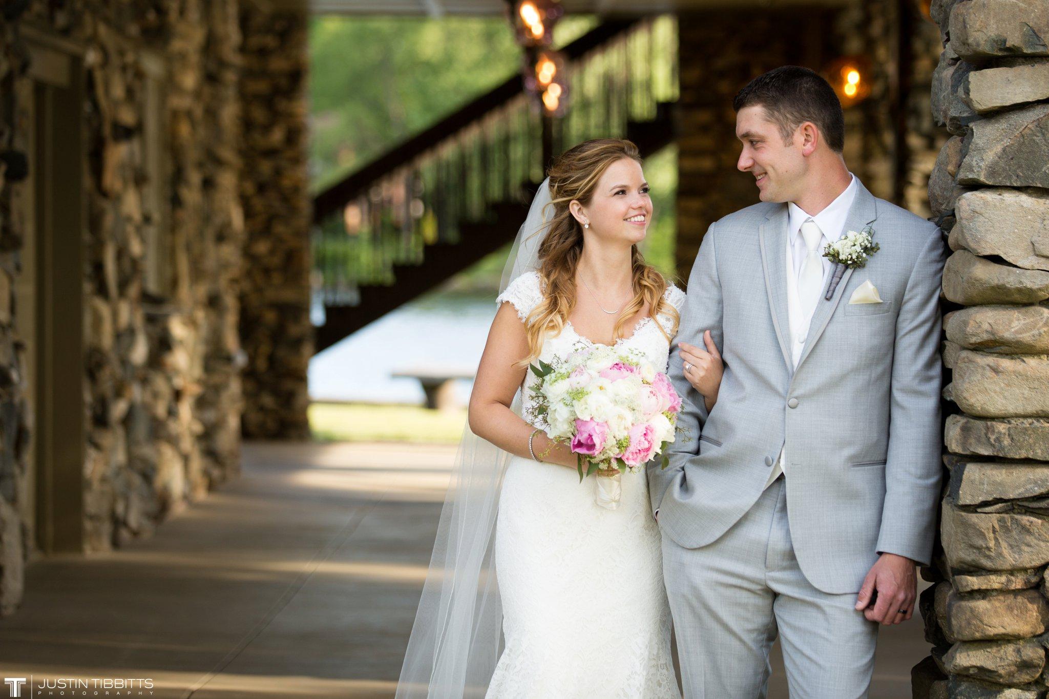 crooked-lake-house-wedding-photos-with-agata-and-seth_0082