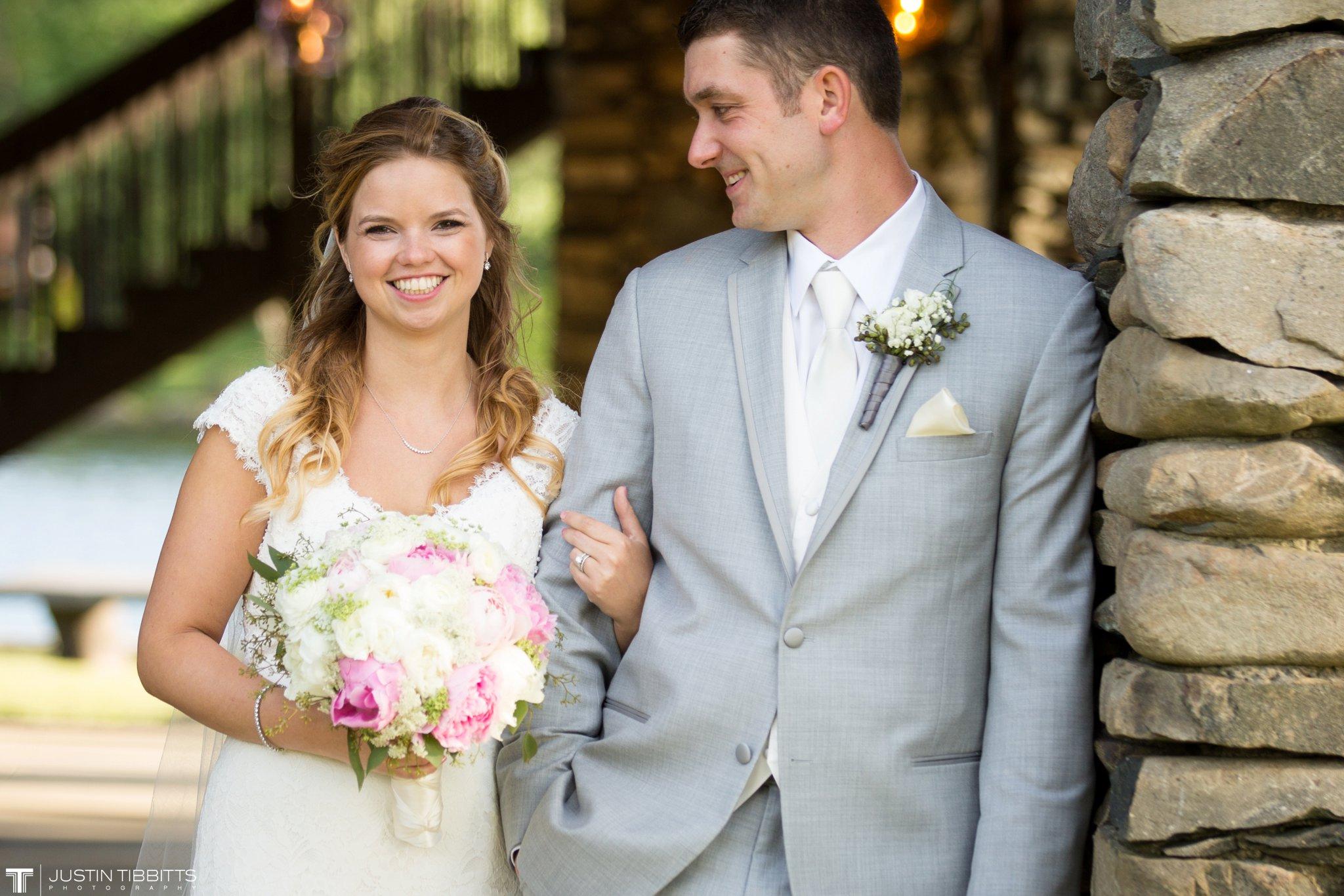 crooked-lake-house-wedding-photos-with-agata-and-seth_0083