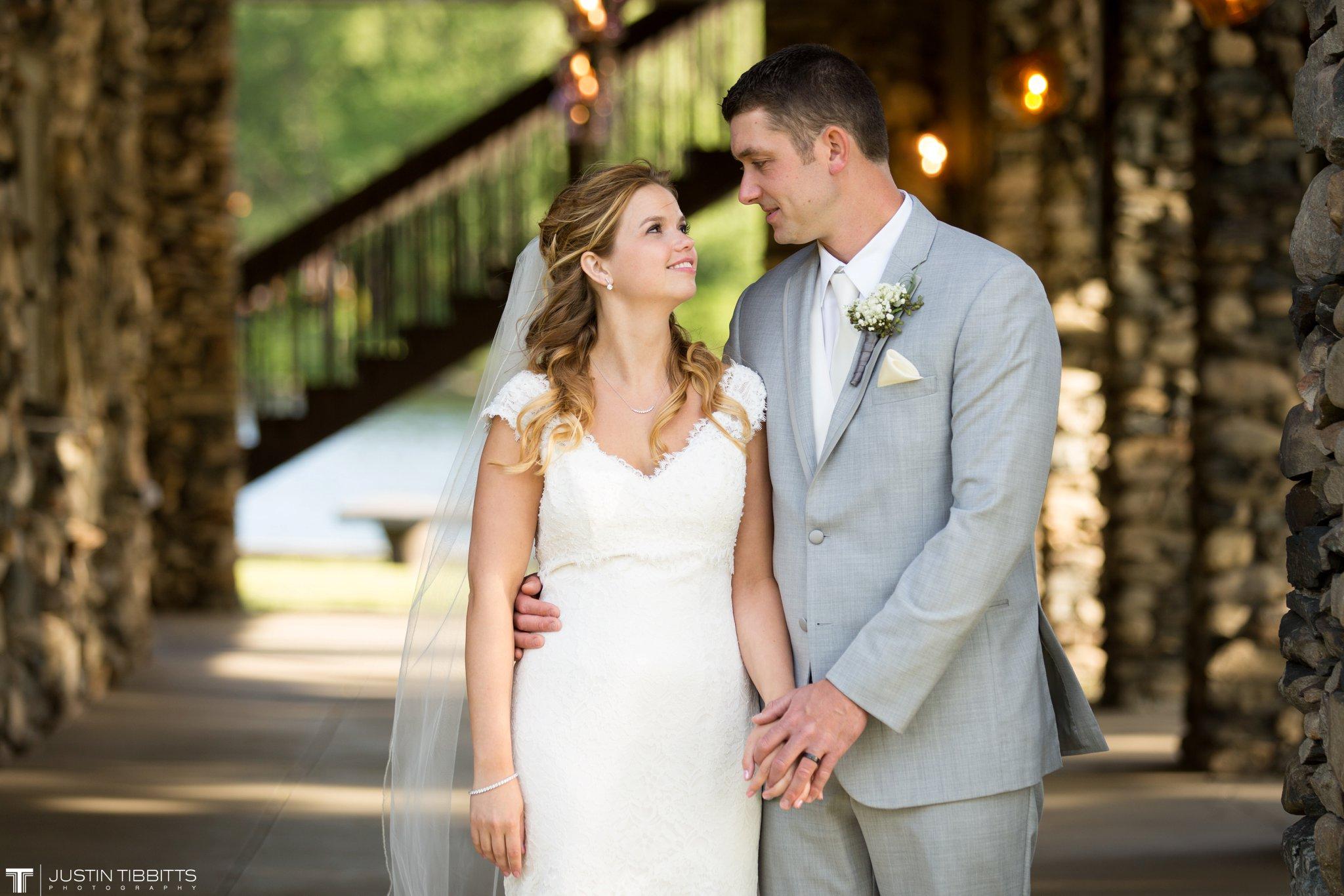 crooked-lake-house-wedding-photos-with-agata-and-seth_0084