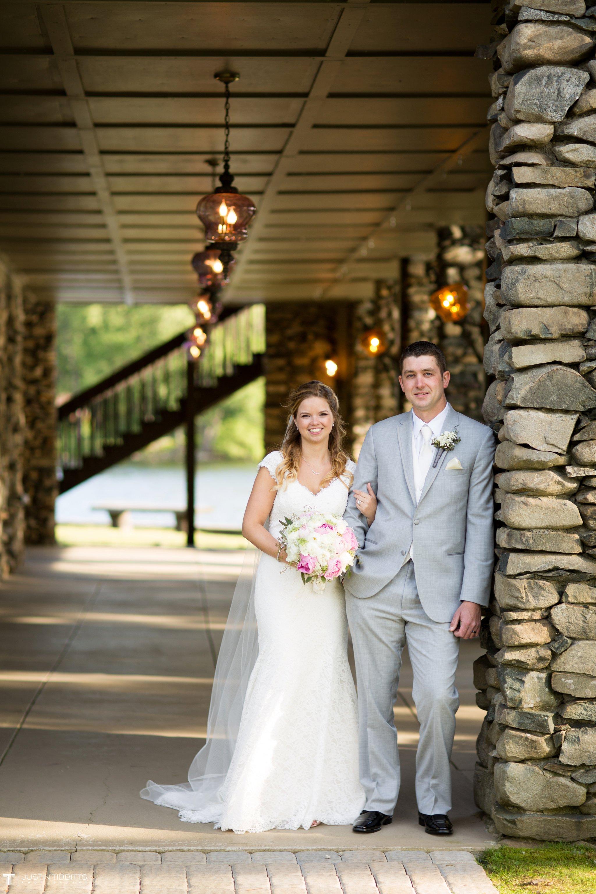 crooked-lake-house-wedding-photos-with-agata-and-seth_0085