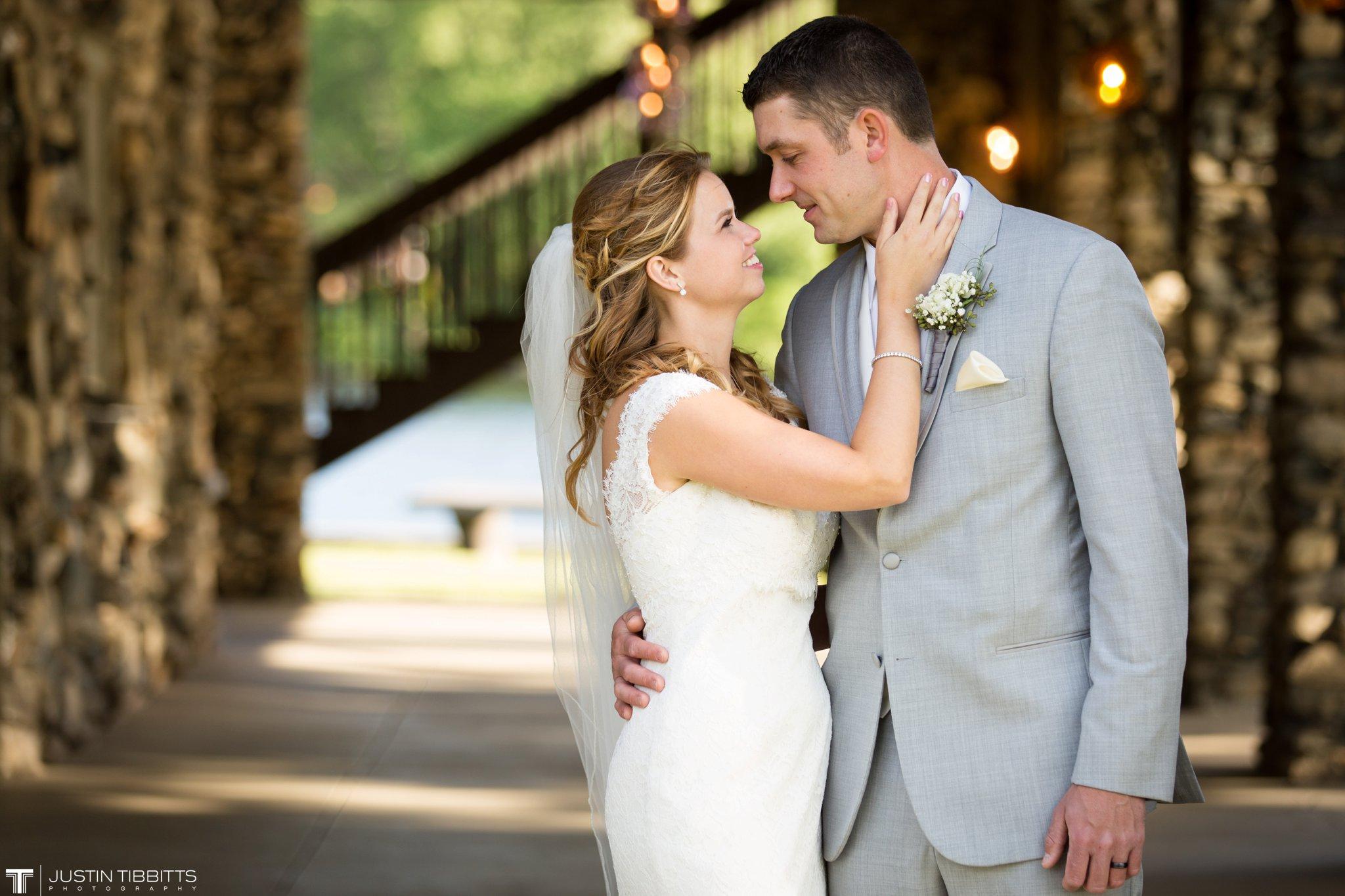 crooked-lake-house-wedding-photos-with-agata-and-seth_0088