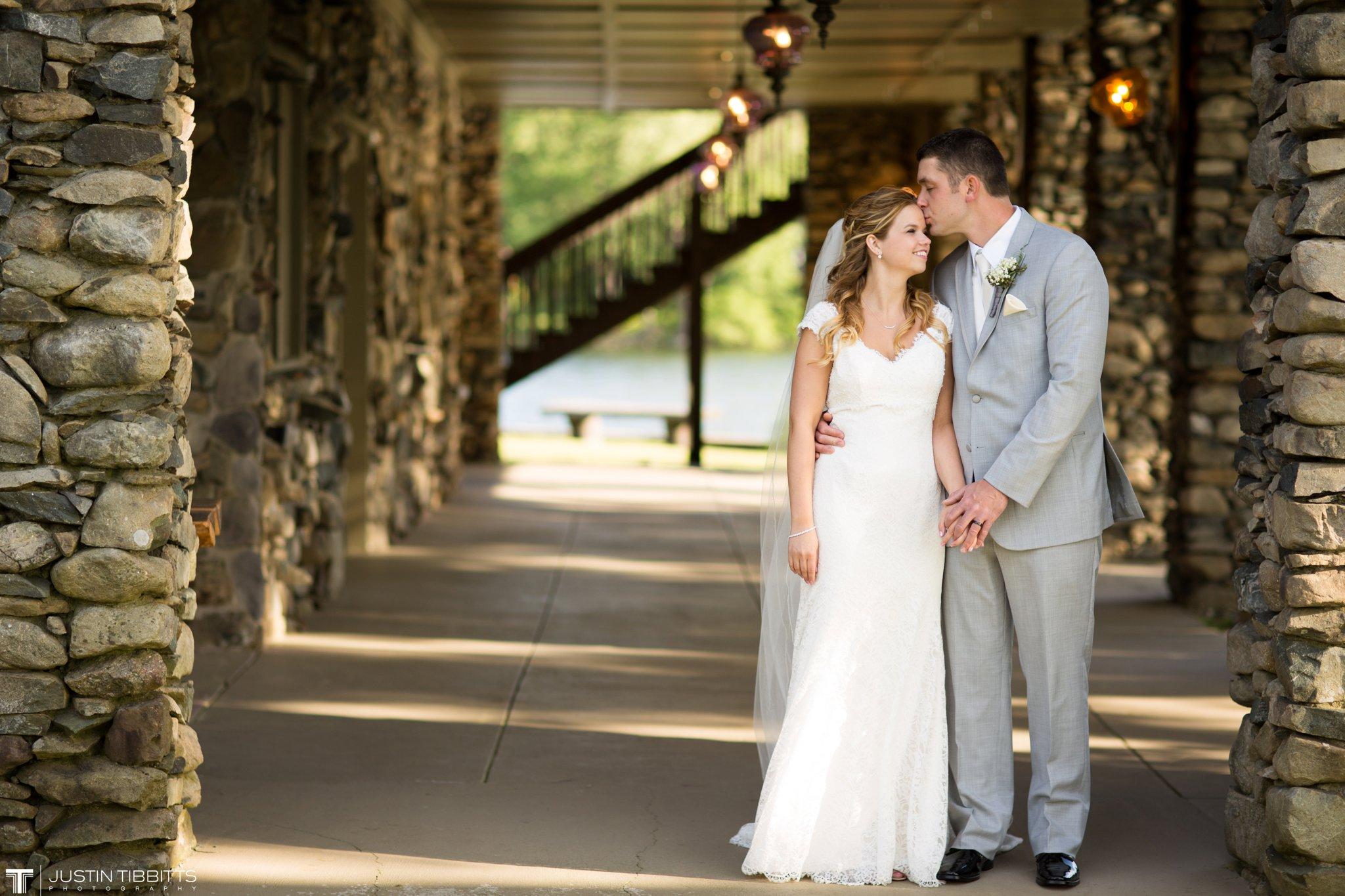 crooked-lake-house-wedding-photos-with-agata-and-seth_0089