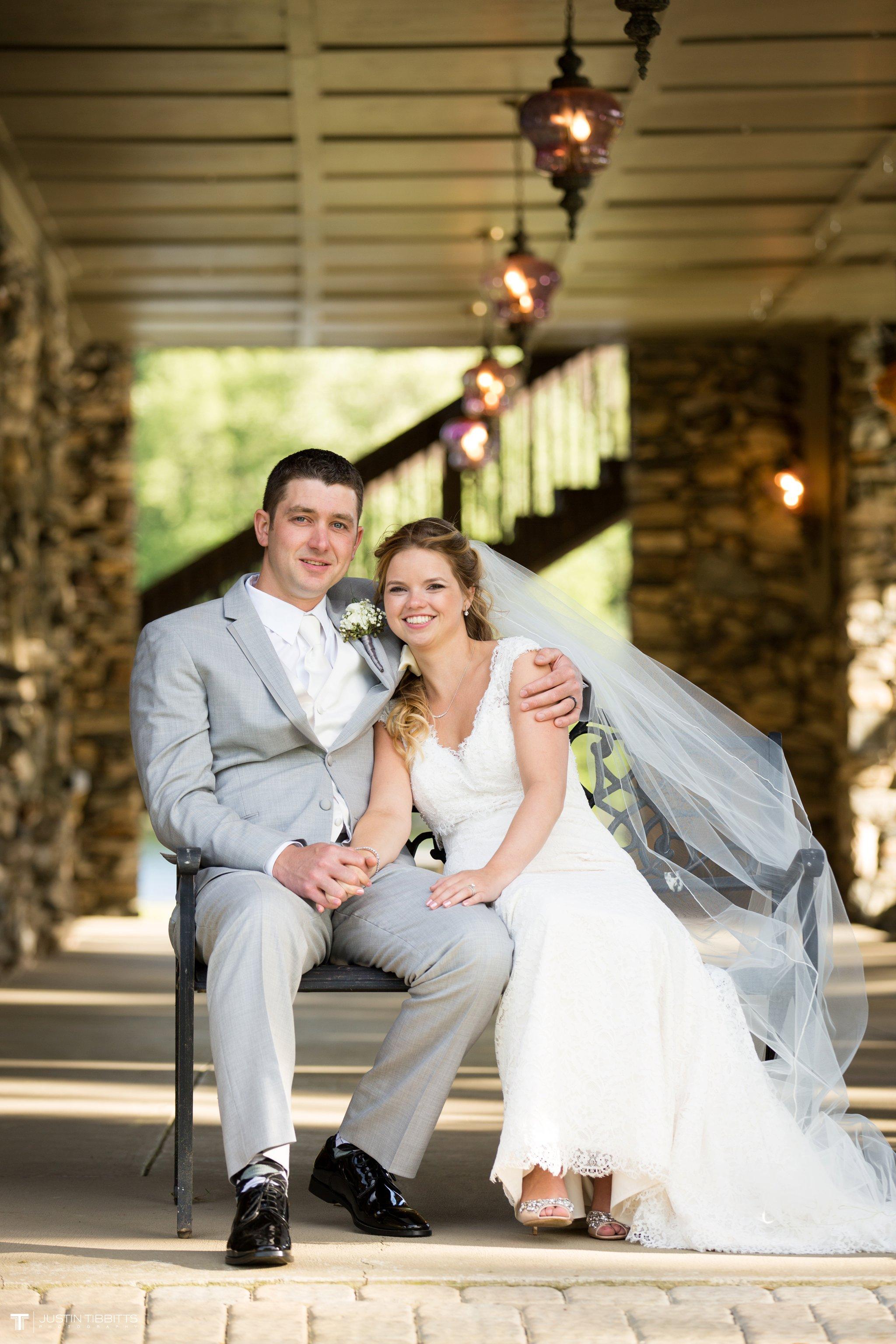 crooked-lake-house-wedding-photos-with-agata-and-seth_0092