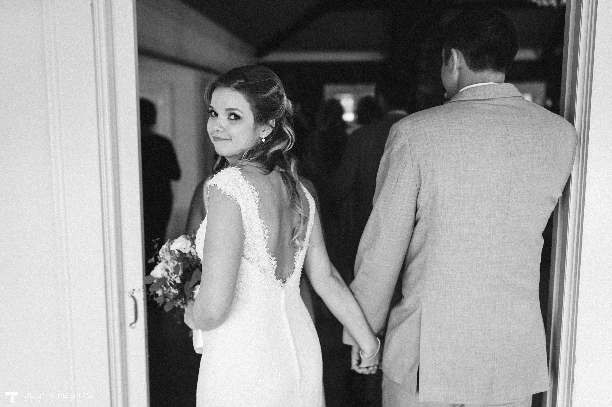 crooked-lake-house-wedding-photos-with-agata-and-seth_0100