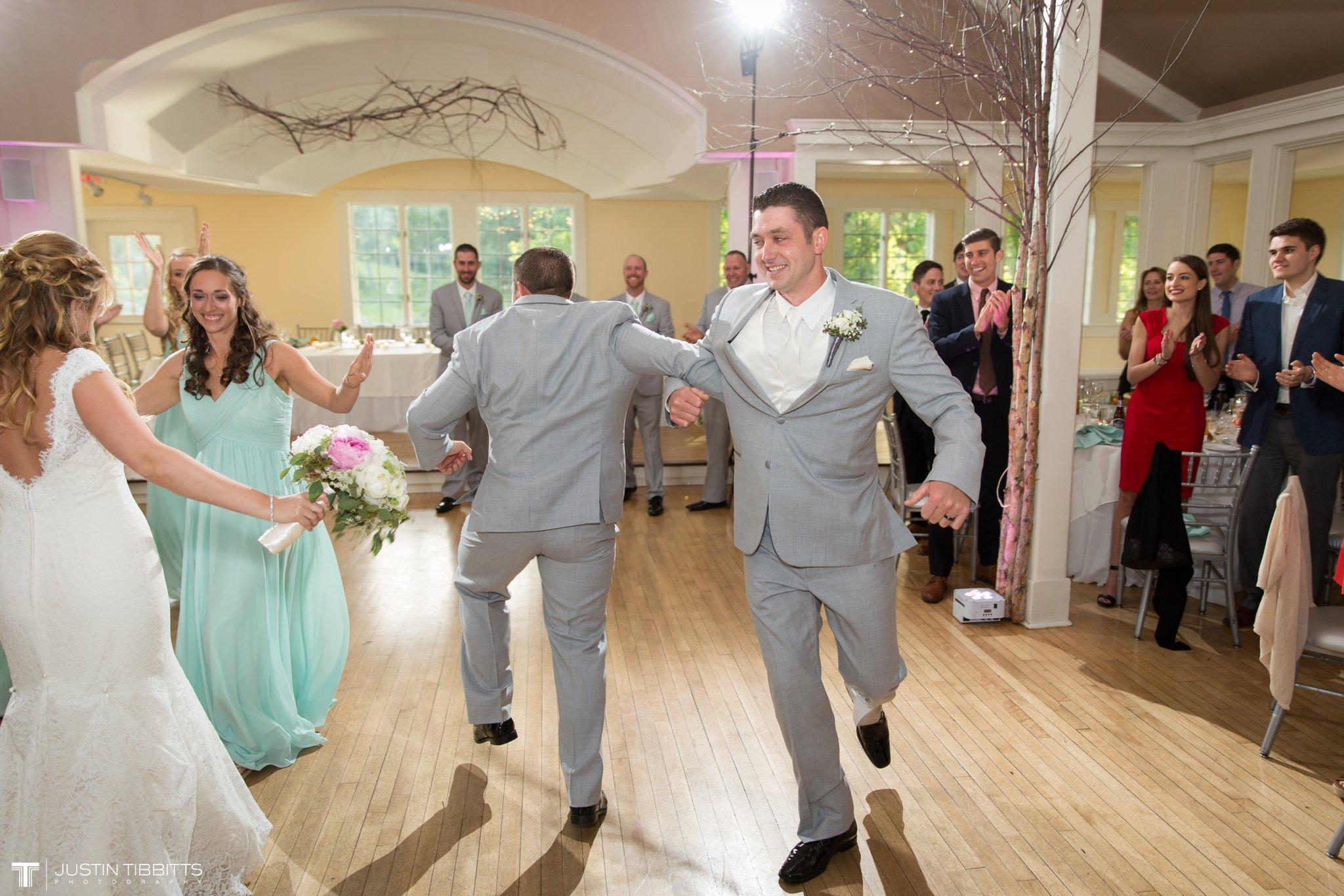 crooked-lake-house-wedding-photos-with-agata-and-seth_0102