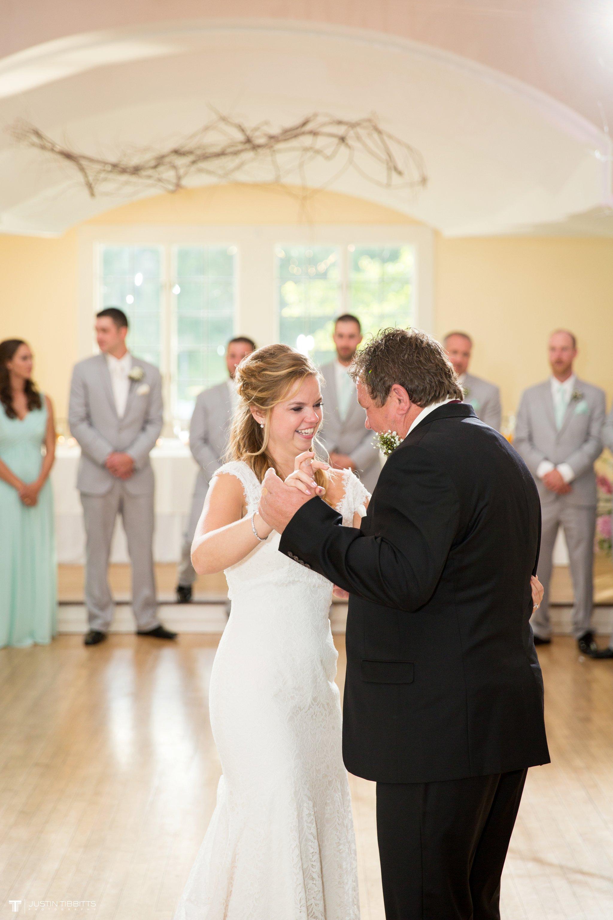 crooked-lake-house-wedding-photos-with-agata-and-seth_0107