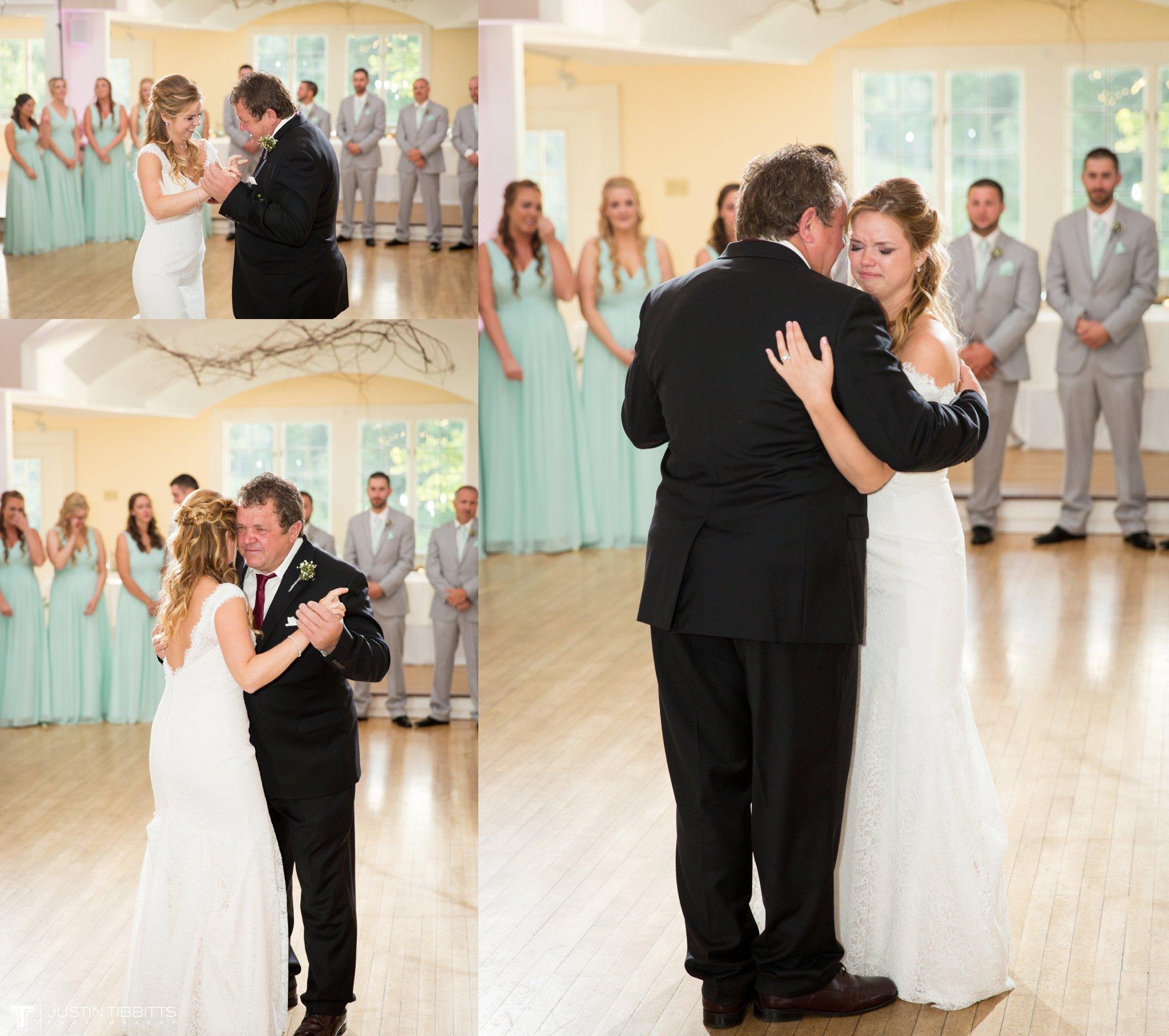 crooked-lake-house-wedding-photos-with-agata-and-seth_0108