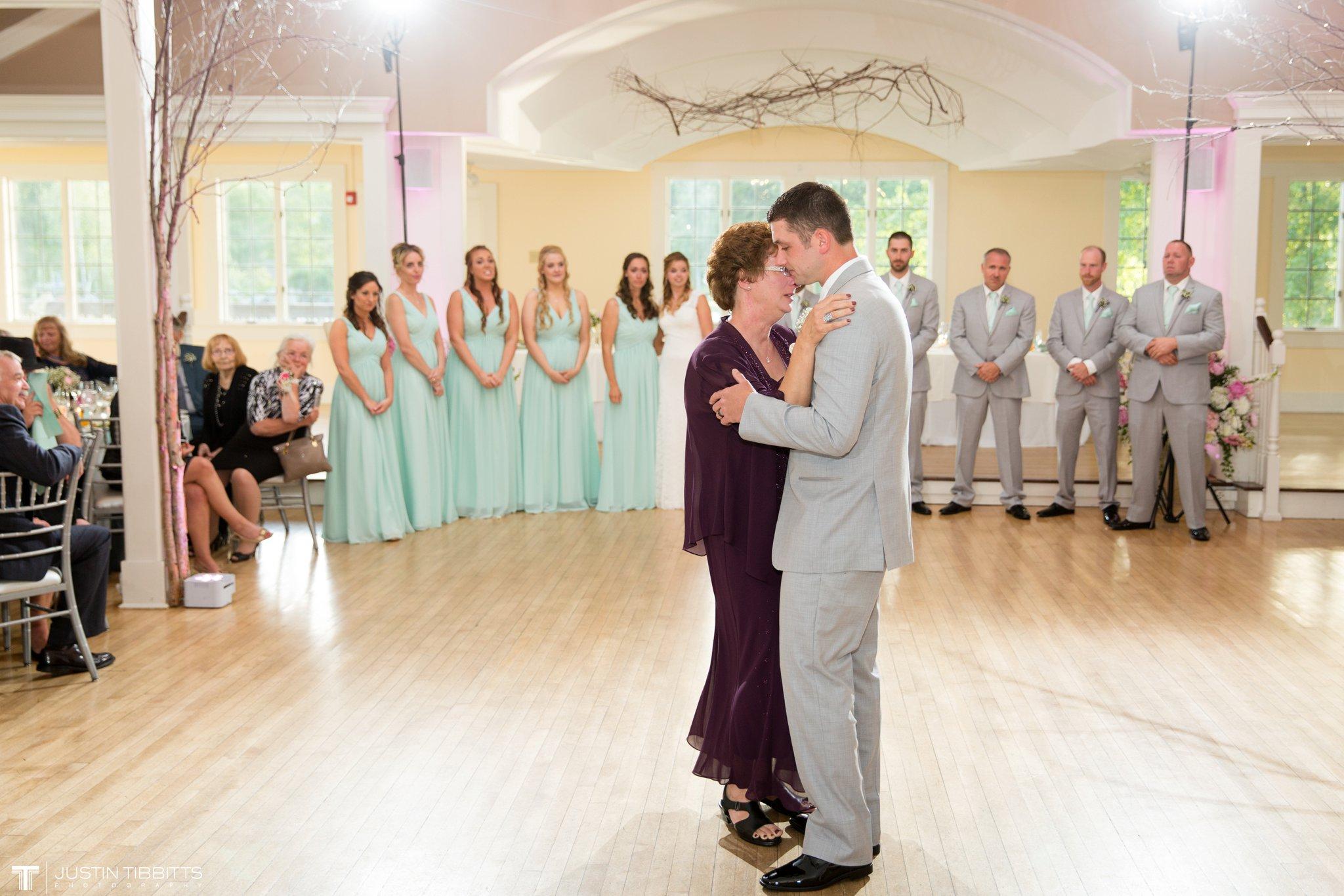 crooked-lake-house-wedding-photos-with-agata-and-seth_0109