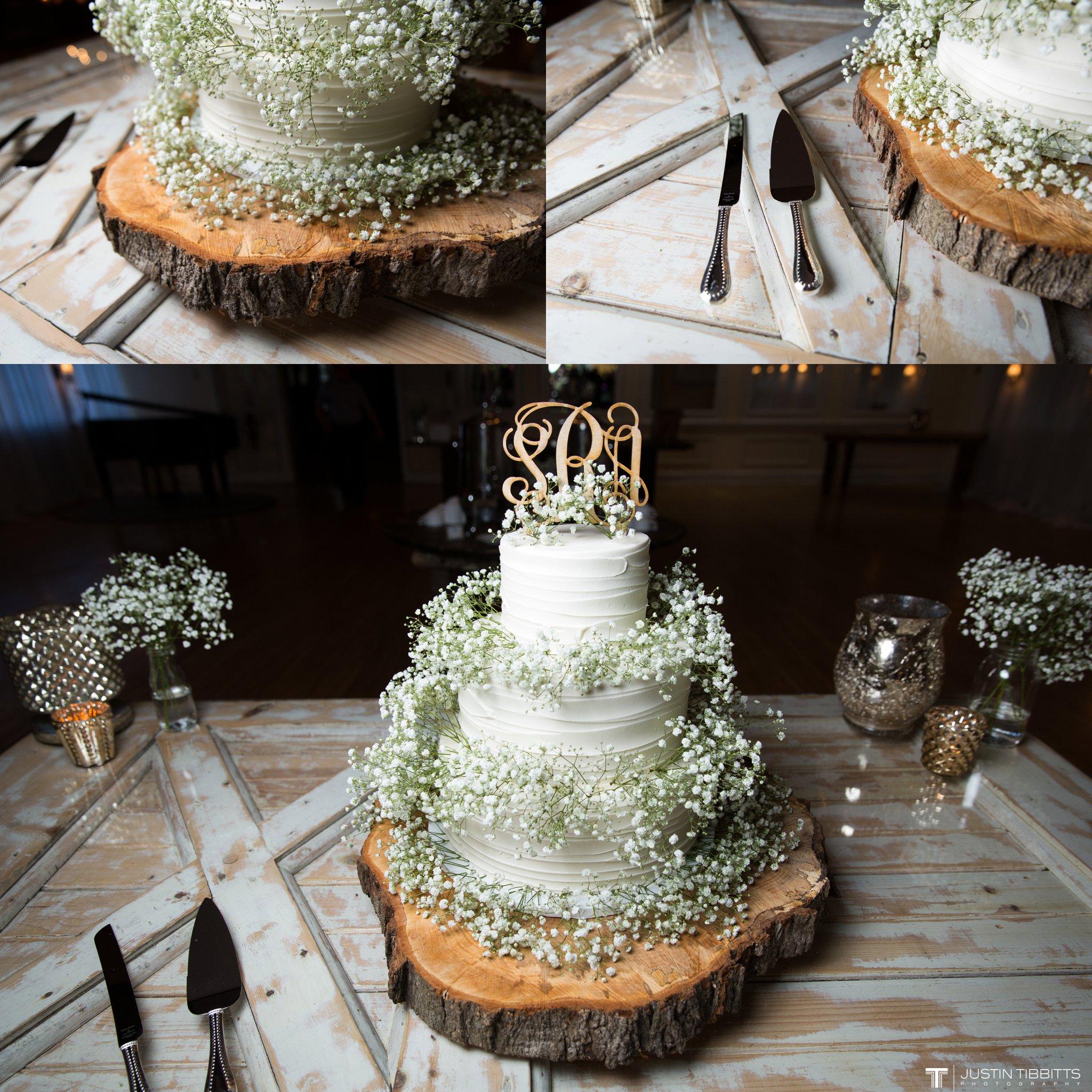 crooked-lake-house-wedding-photos-with-agata-and-seth_0115