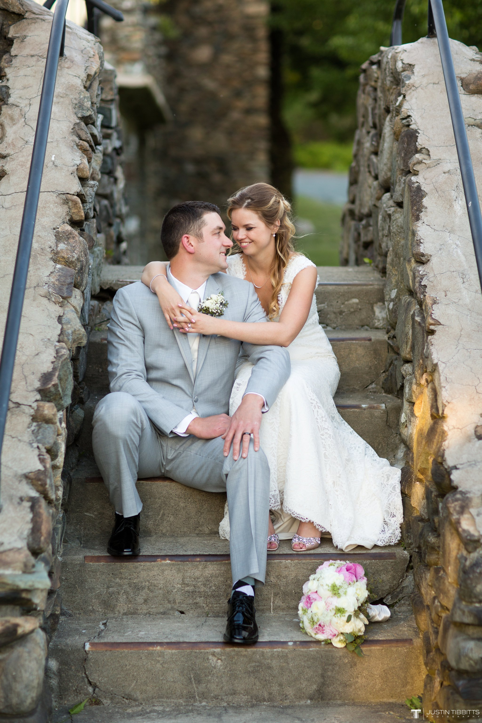 crooked-lake-house-wedding-photos-with-agata-and-seth_0119