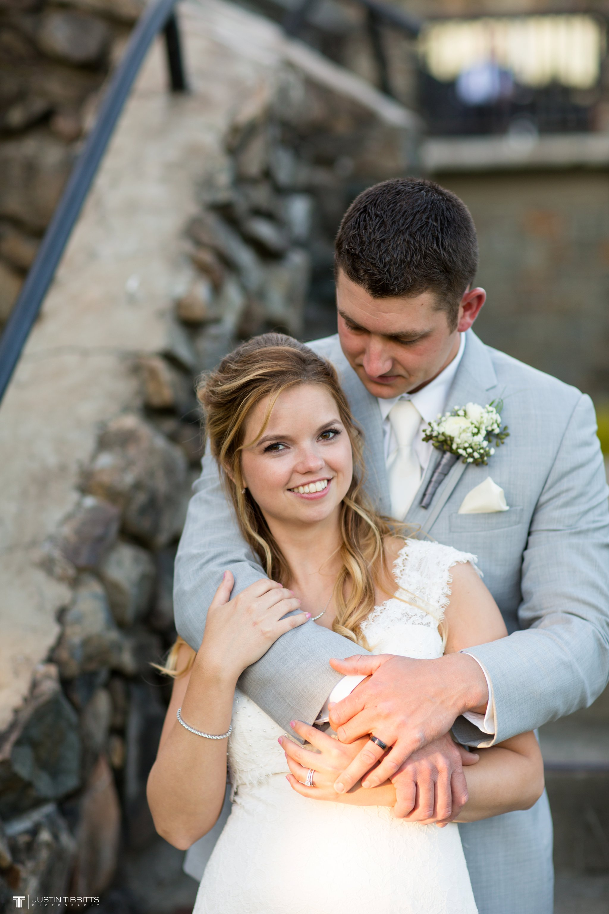 crooked-lake-house-wedding-photos-with-agata-and-seth_0122