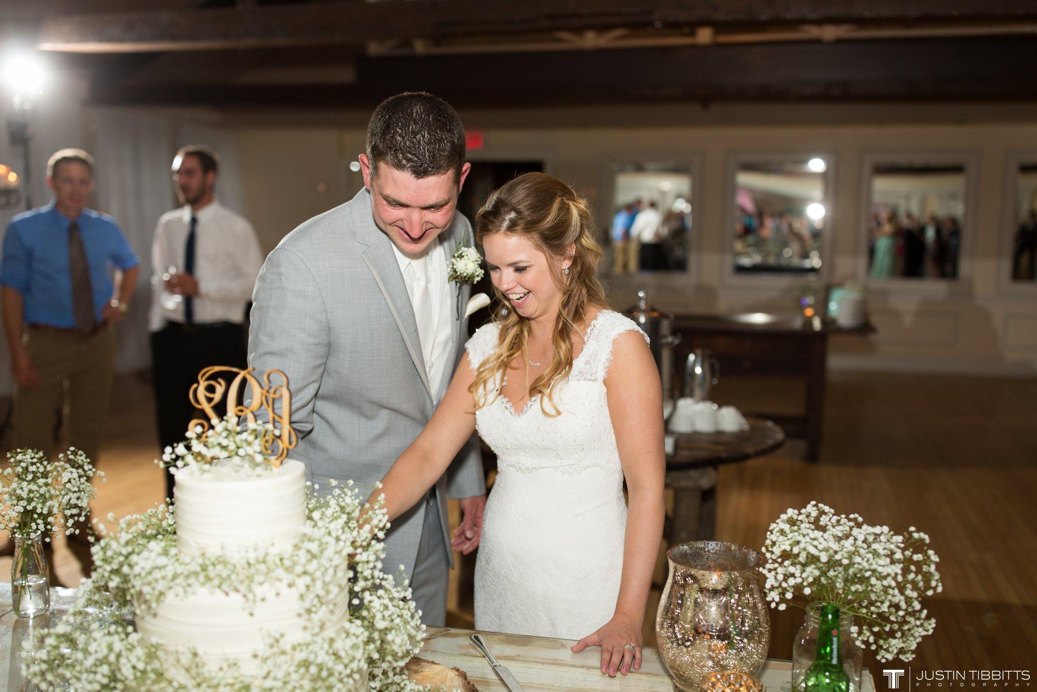 crooked-lake-house-wedding-photos-with-agata-and-seth_0130