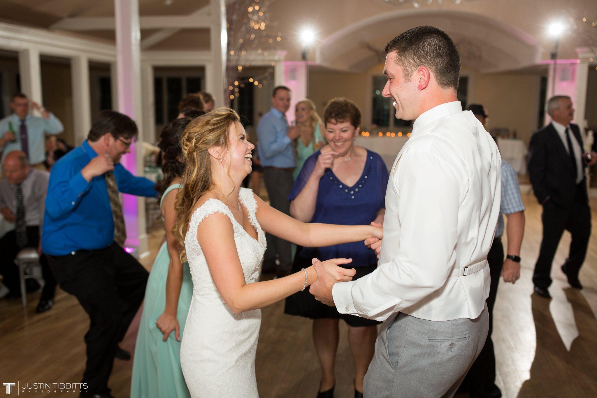 crooked-lake-house-wedding-photos-with-agata-and-seth_0140