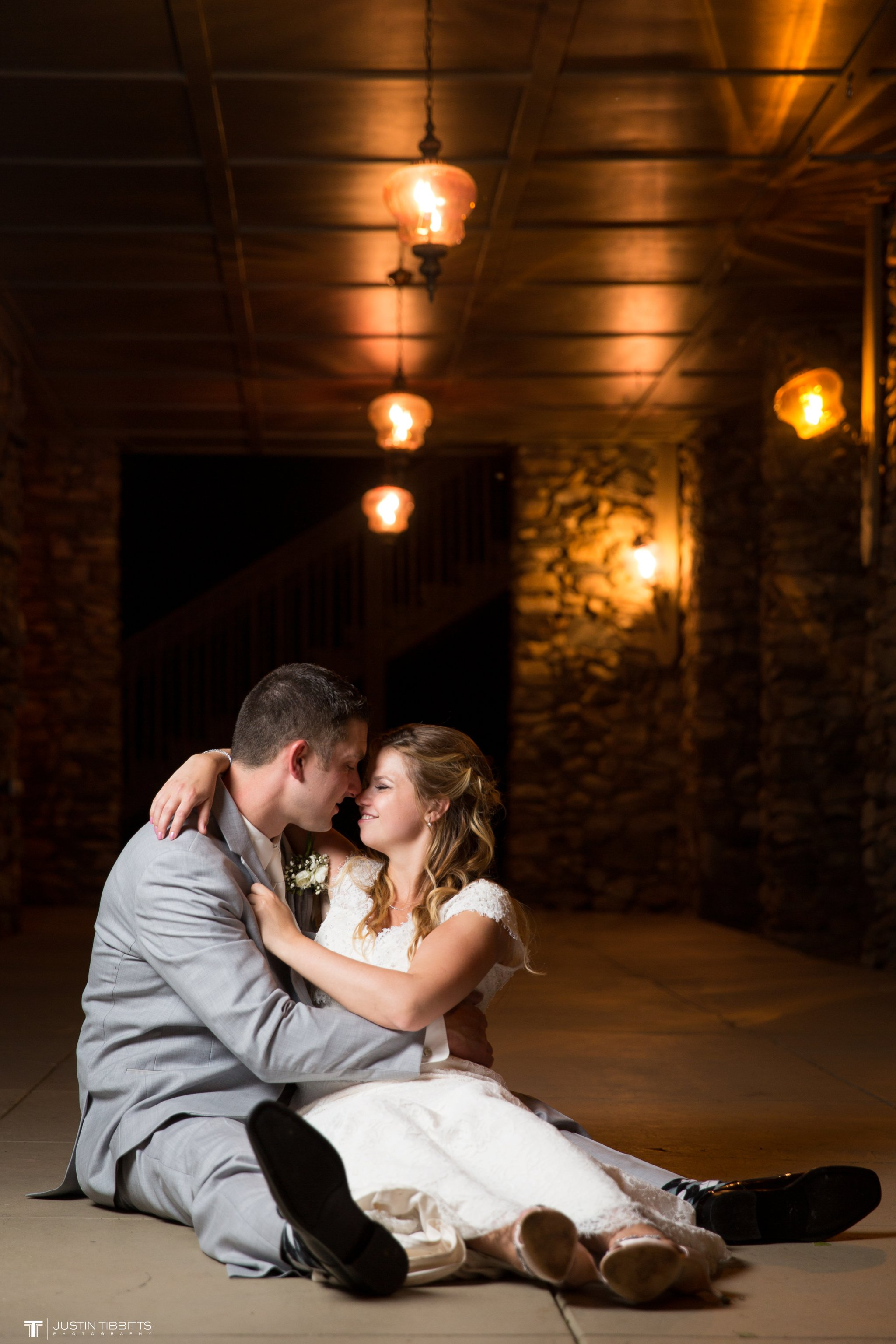crooked-lake-house-wedding-photos-with-agata-and-seth_0148