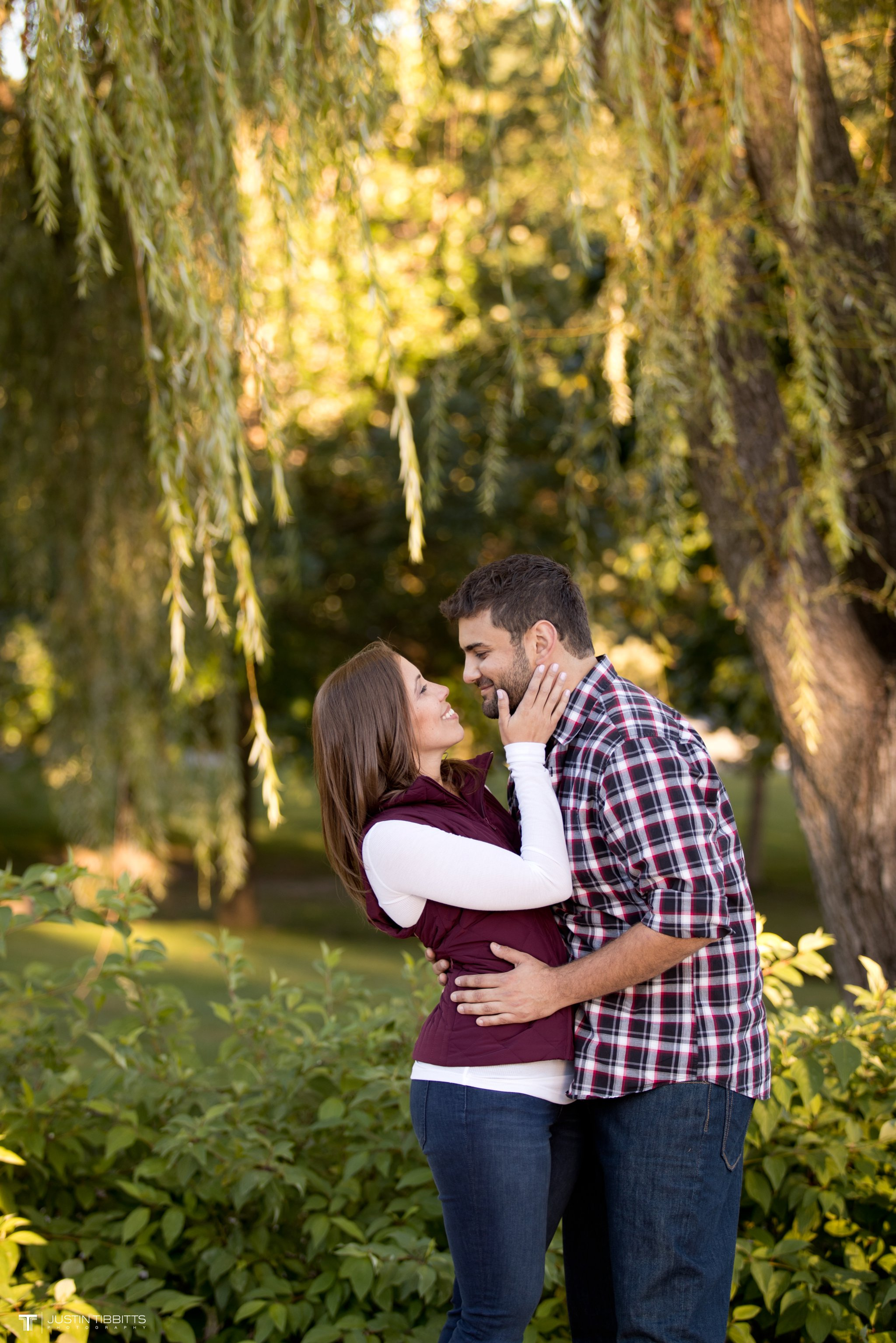 saratoga-springs-ny-engagement-shoot-with-nick-and-ciara_0034