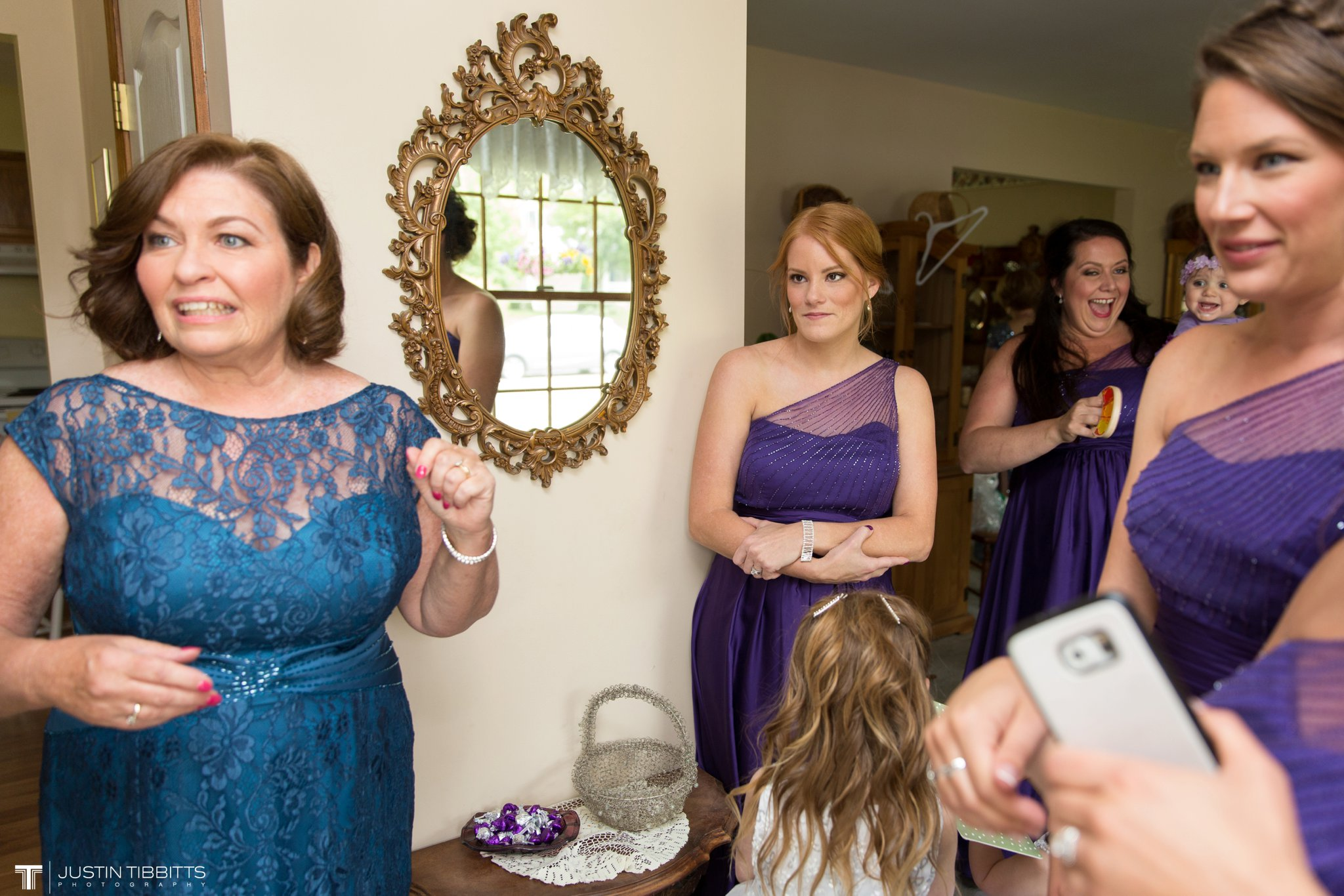 shaker-ridge-country-club-wedding-photos-with-amanda-and-jeff_0017