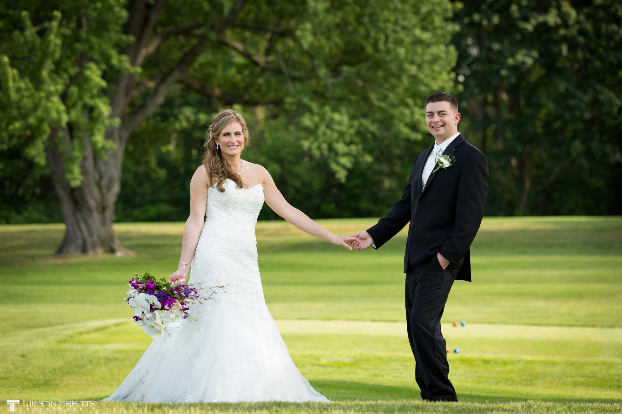 shaker-ridge-country-club-wedding-photos-with-amanda-and-jeff_0049