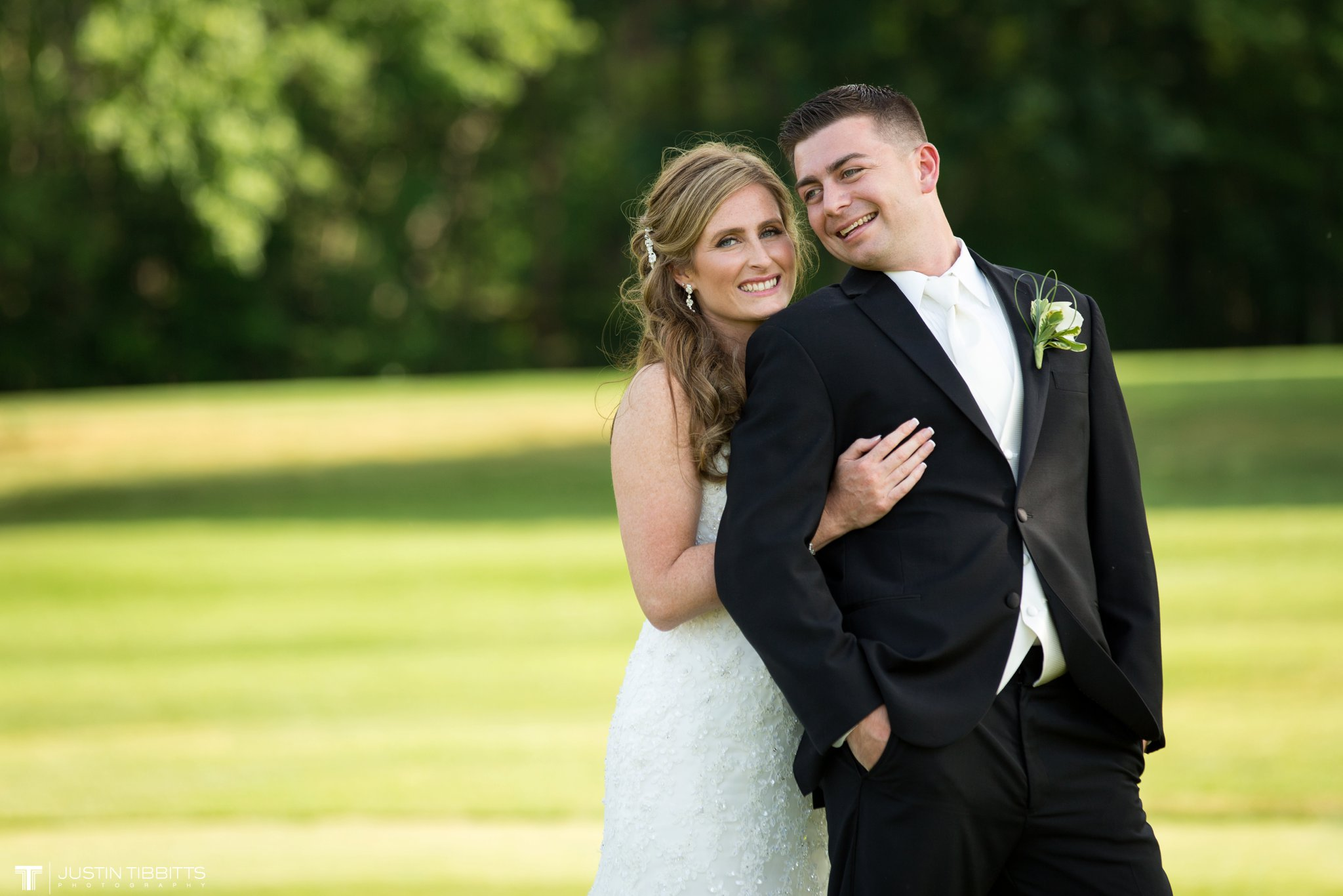shaker-ridge-country-club-wedding-photos-with-amanda-and-jeff_0050
