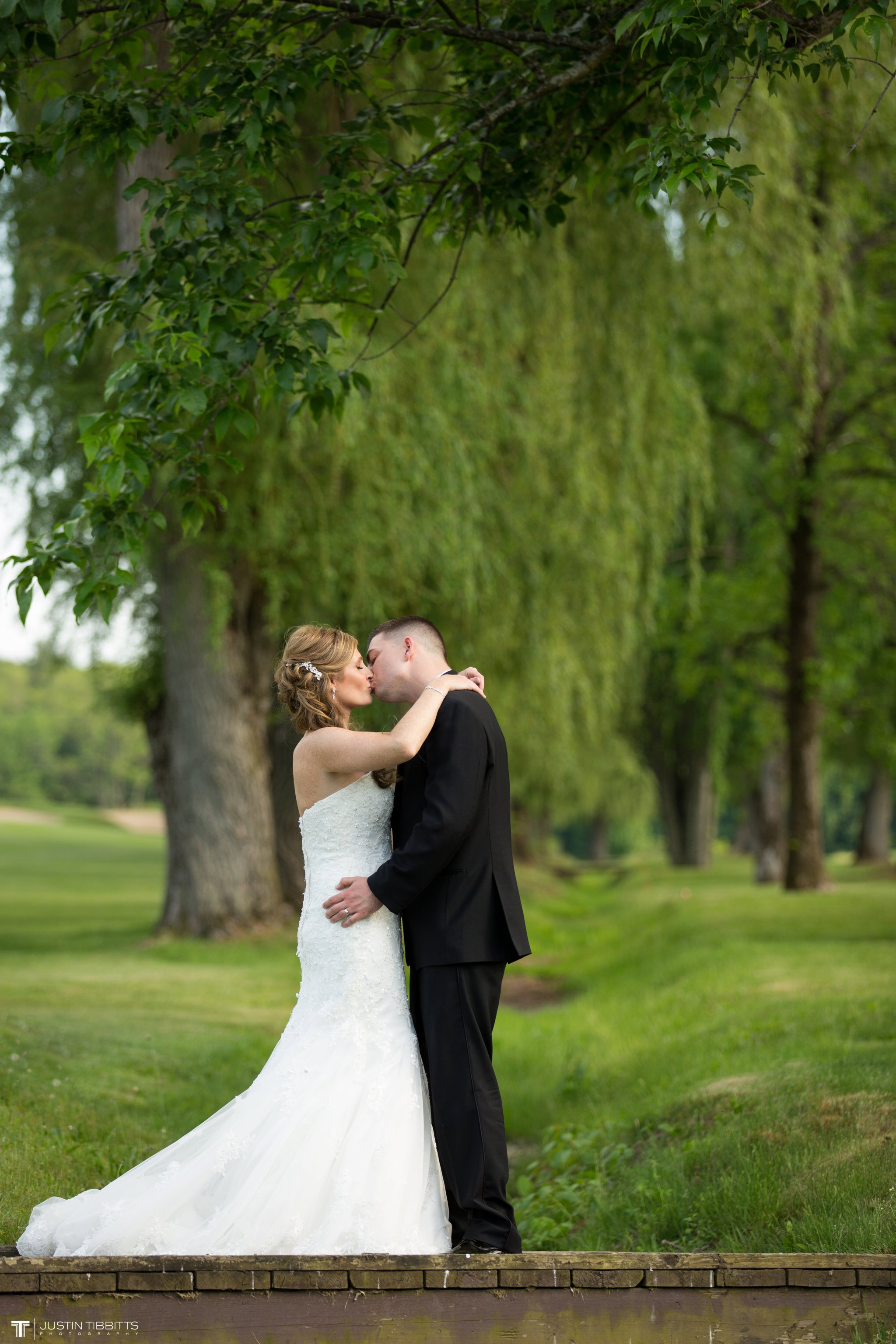 shaker-ridge-country-club-wedding-photos-with-amanda-and-jeff_0060