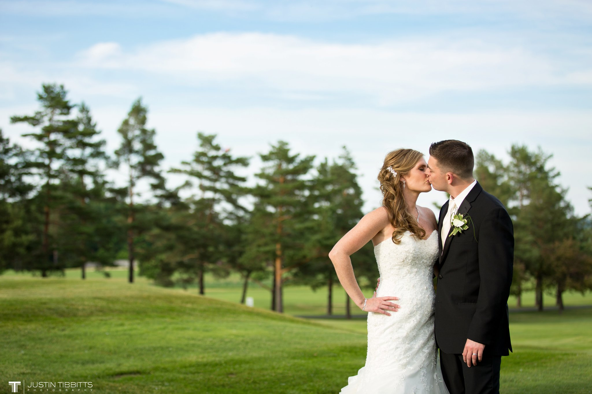 shaker-ridge-country-club-wedding-photos-with-amanda-and-jeff_0067
