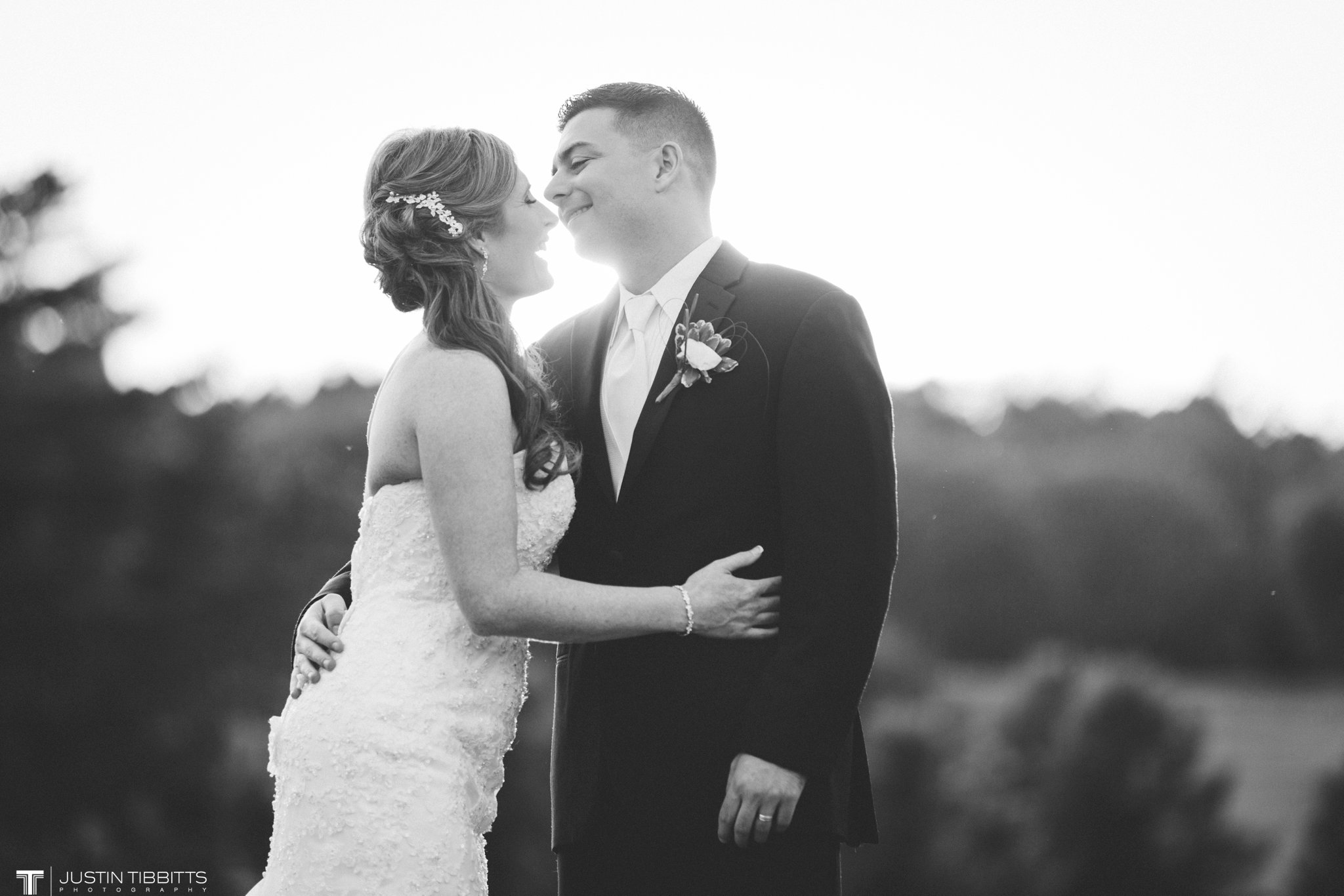 shaker-ridge-country-club-wedding-photos-with-amanda-and-jeff_0078