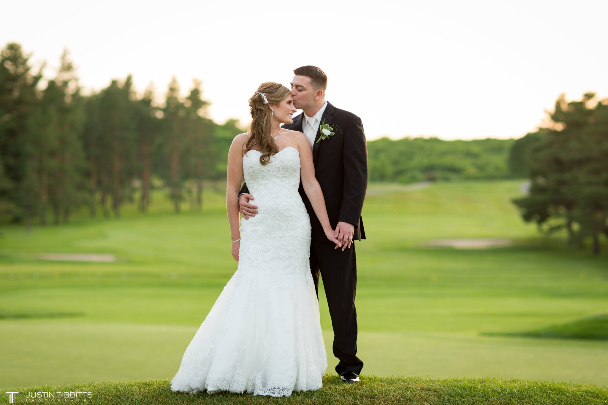 shaker-ridge-country-club-wedding-photos-with-amanda-and-jeff_0081