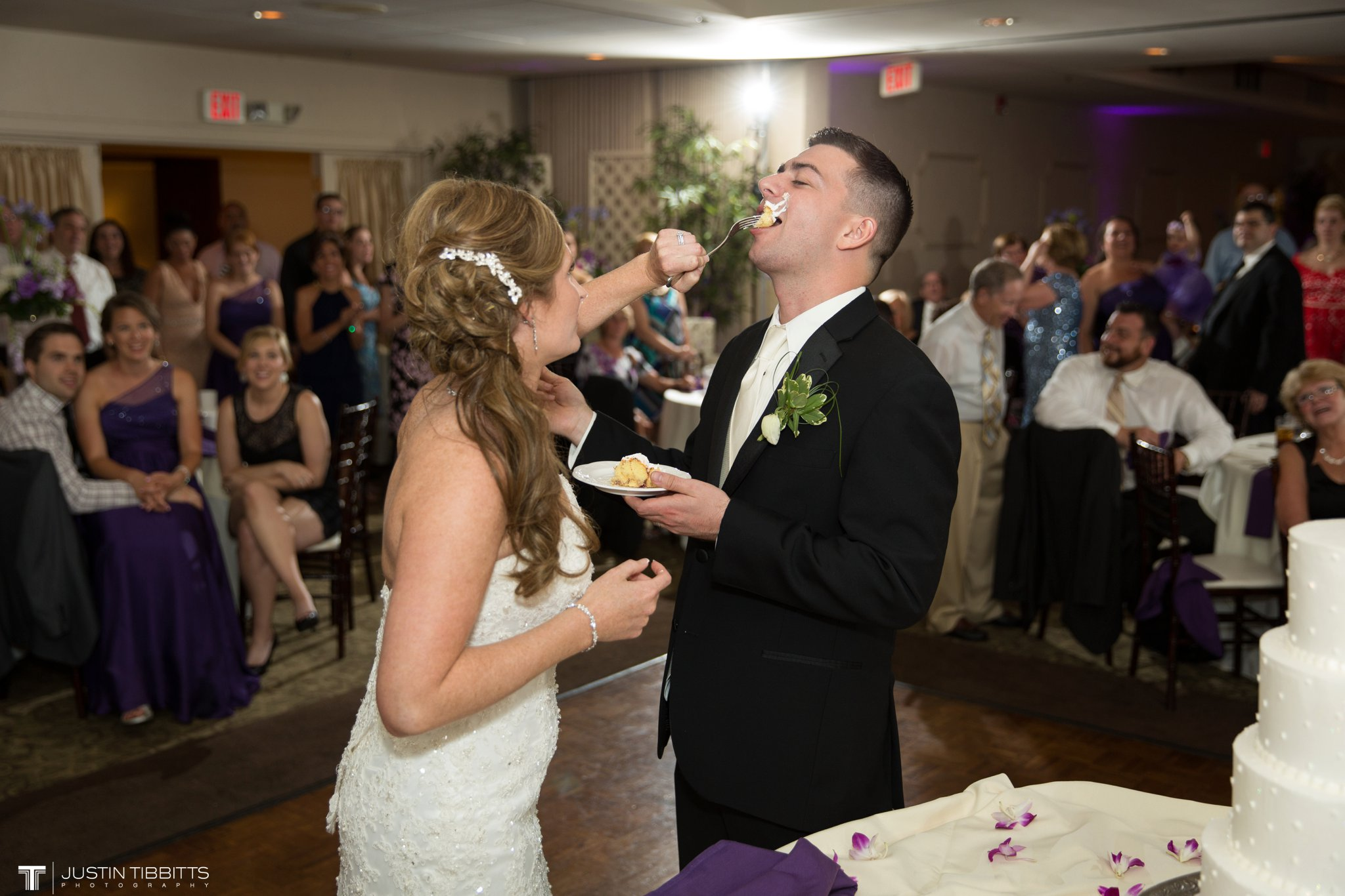 shaker-ridge-country-club-wedding-photos-with-amanda-and-jeff_0093