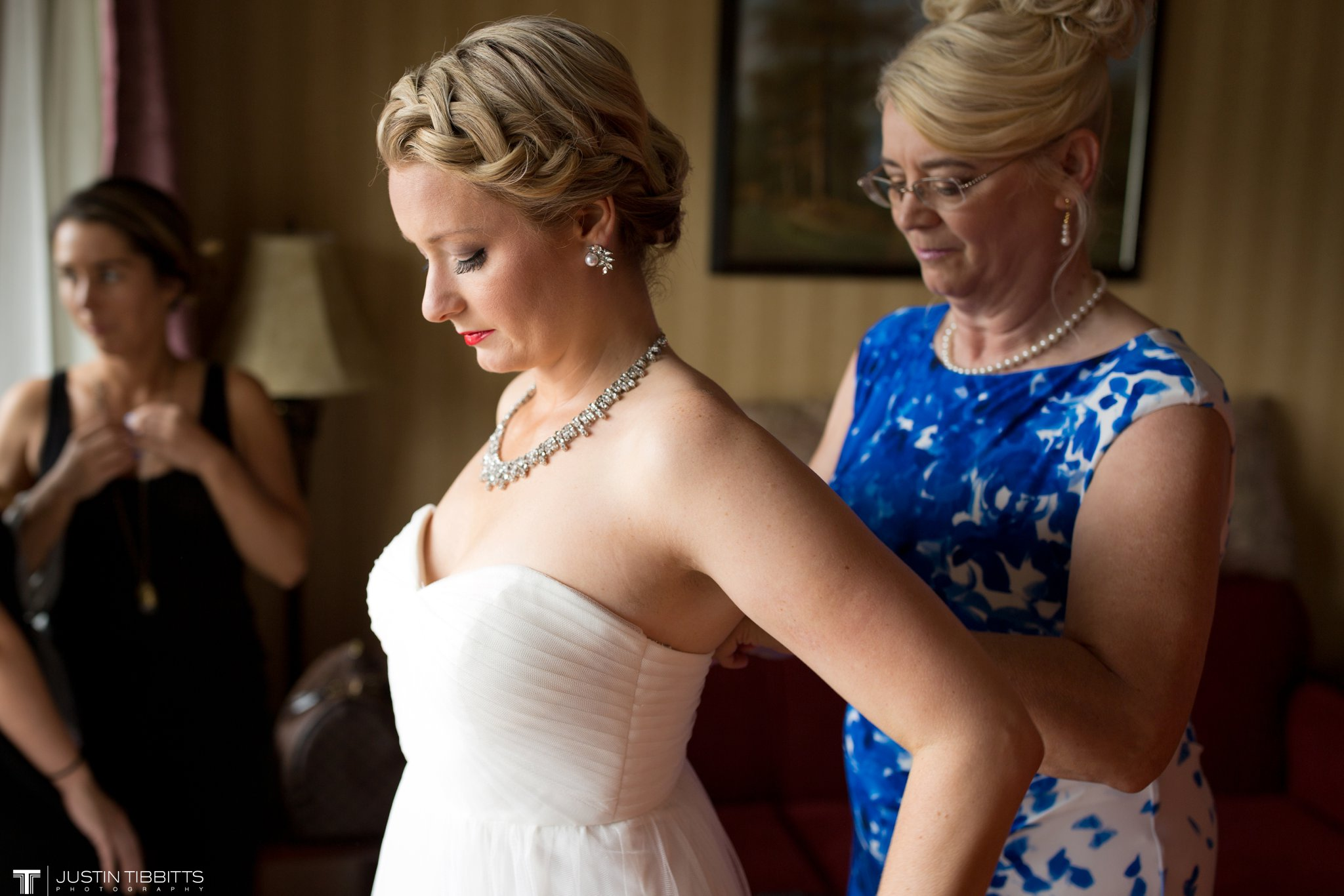 burlap-and-beams-wedding-photos-with-joran-and-molly_0022