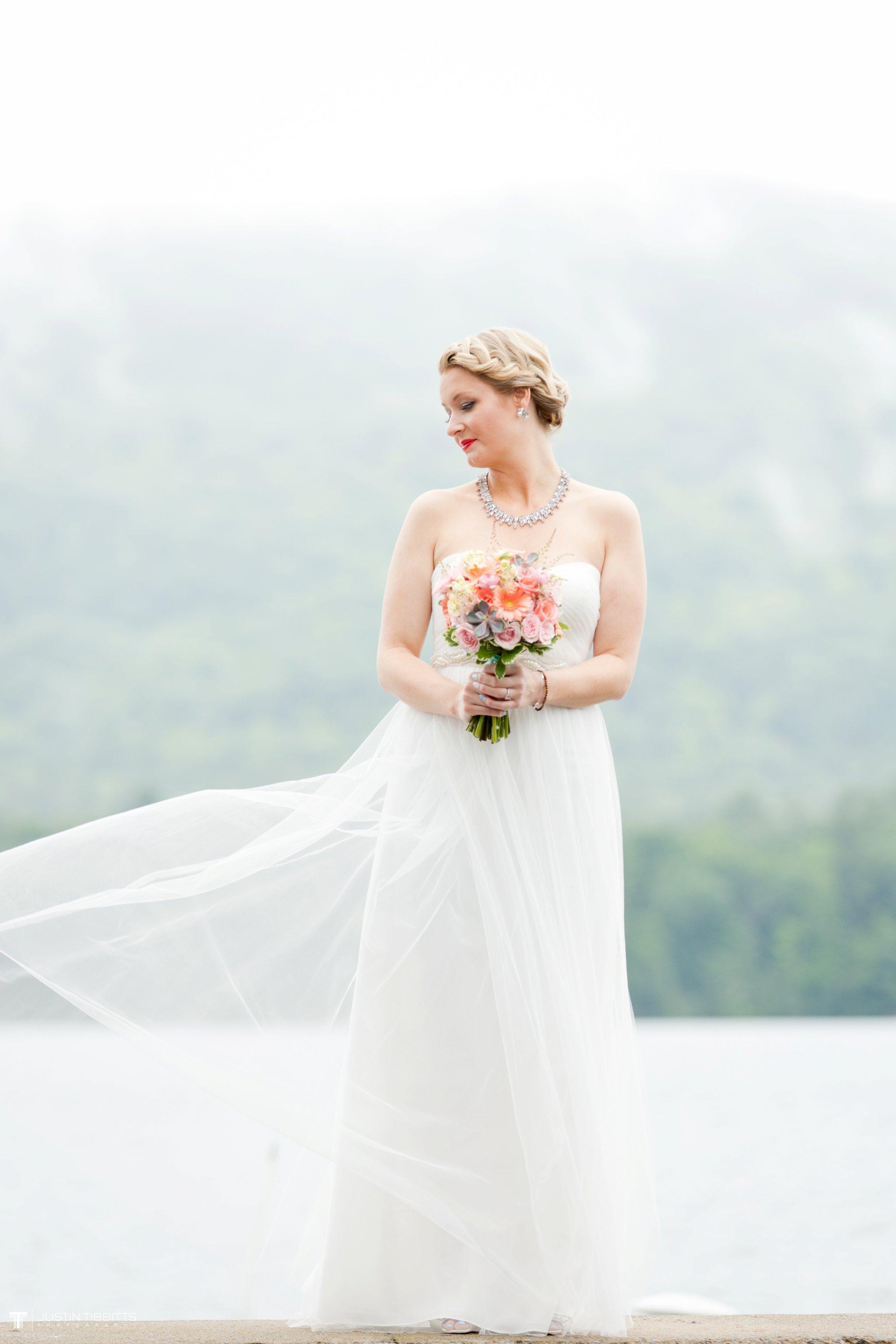 burlap-and-beams-wedding-photos-with-joran-and-molly_0033