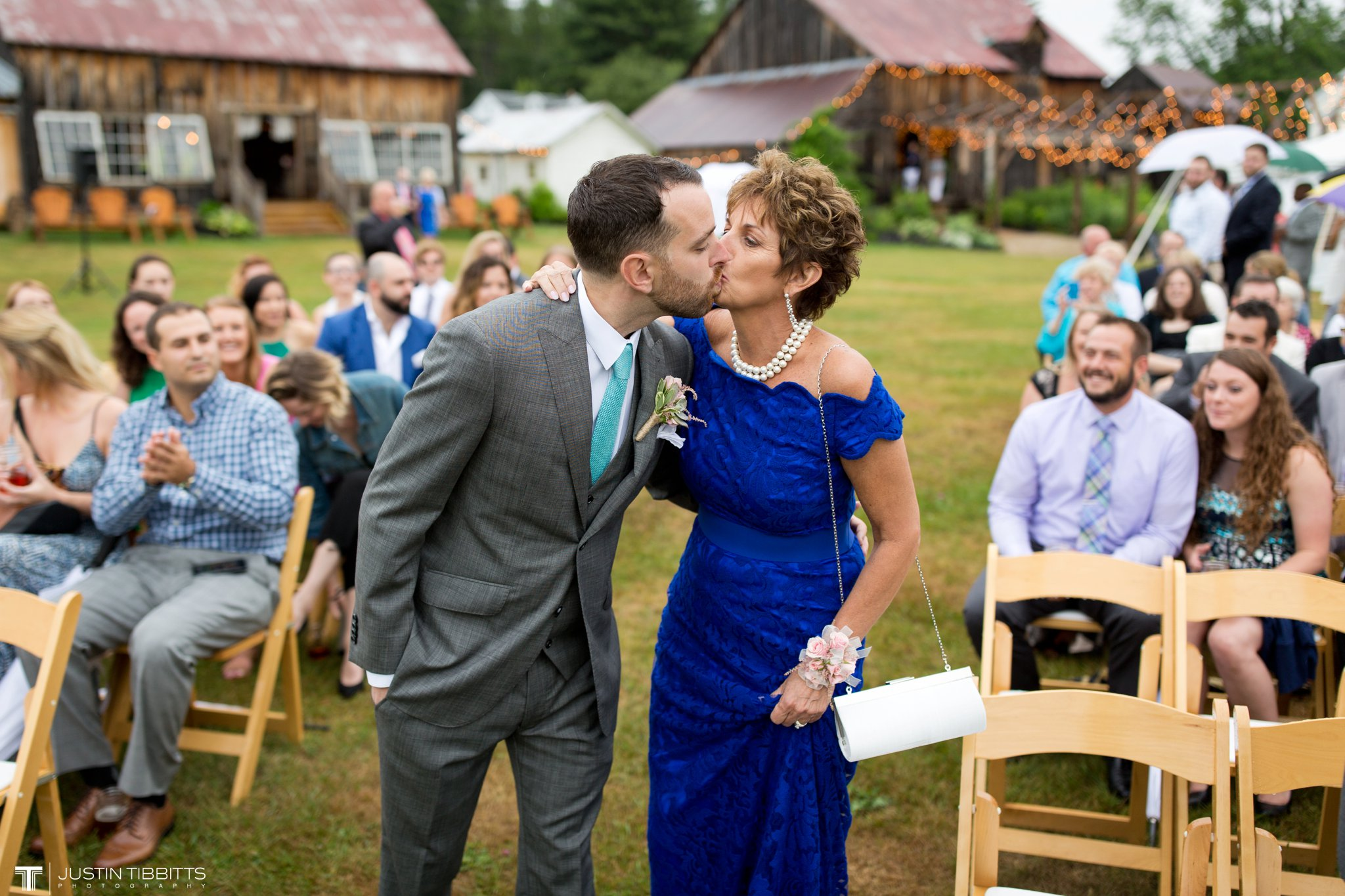 burlap-and-beams-wedding-photos-with-joran-and-molly_0049