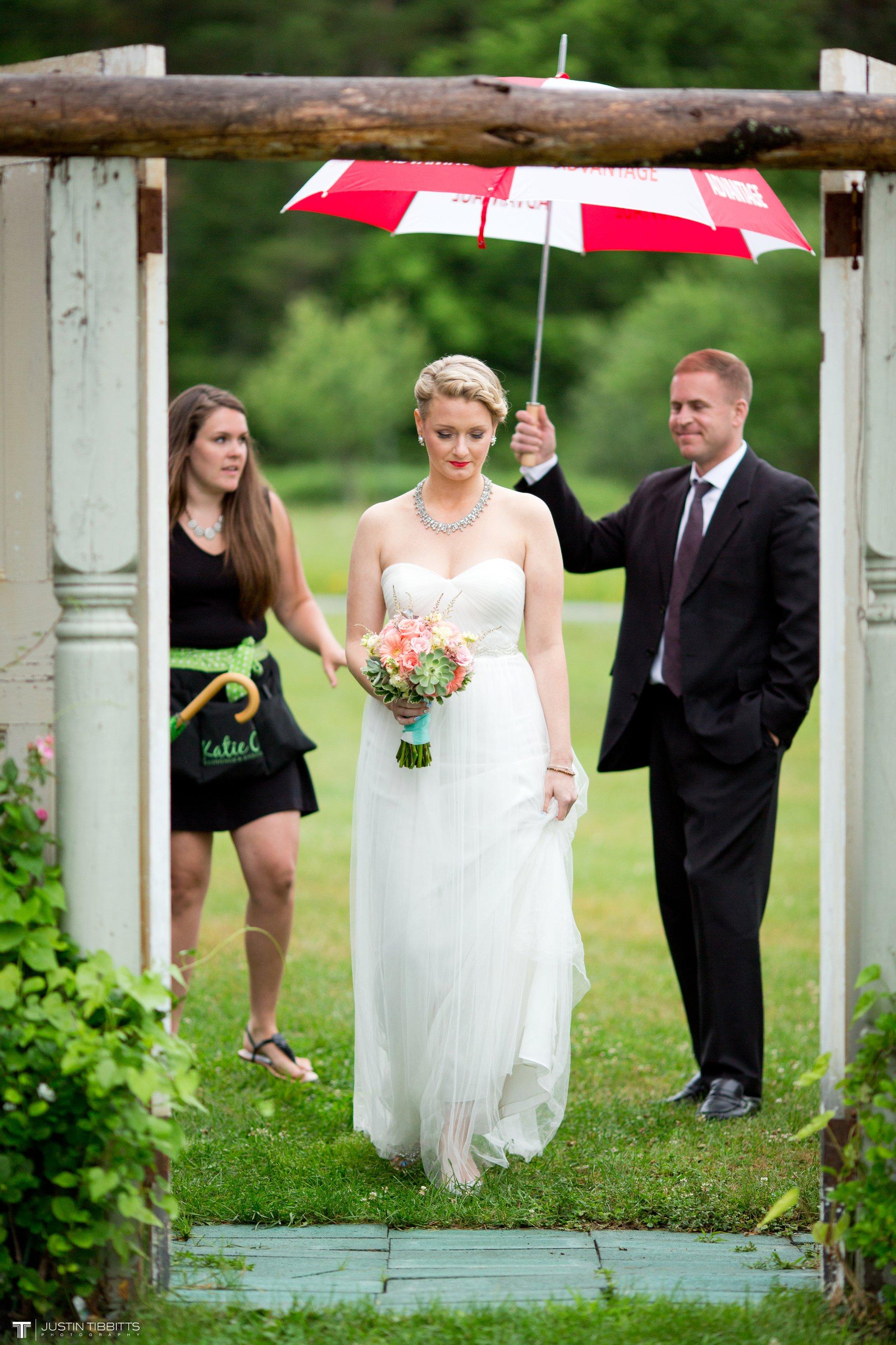 burlap-and-beams-wedding-photos-with-joran-and-molly_0052