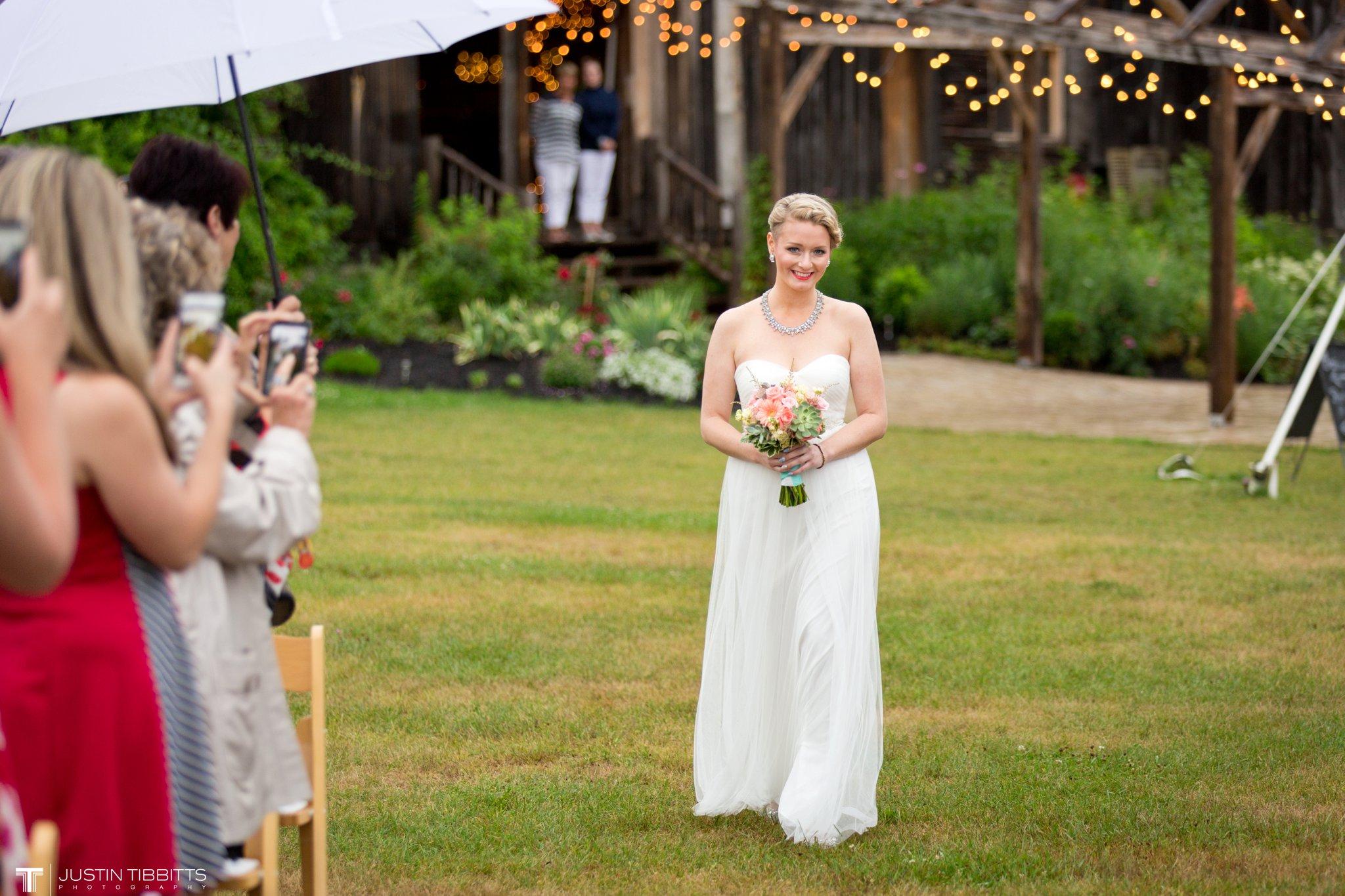 burlap-and-beams-wedding-photos-with-joran-and-molly_0054