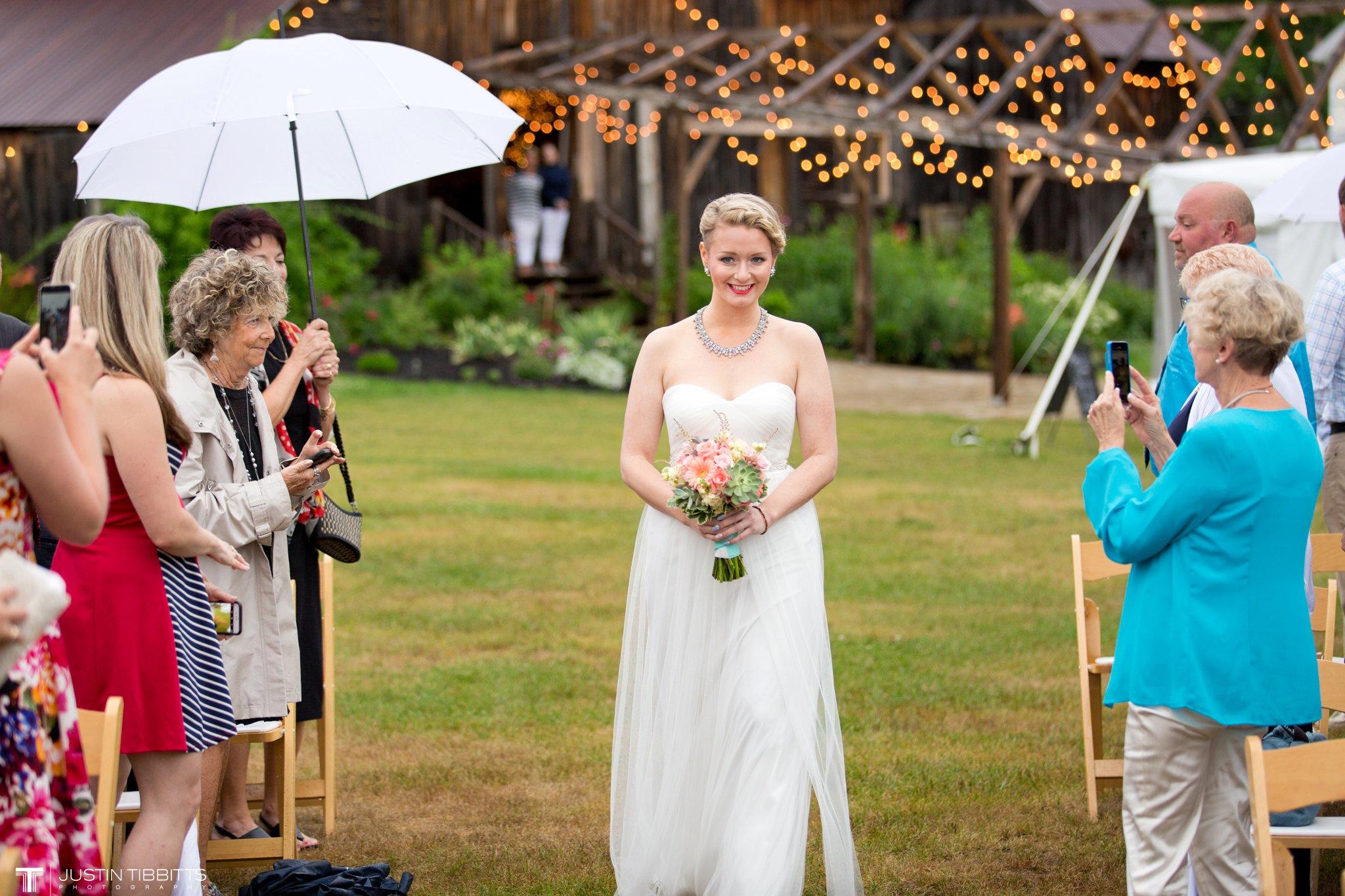 burlap-and-beams-wedding-photos-with-joran-and-molly_0055