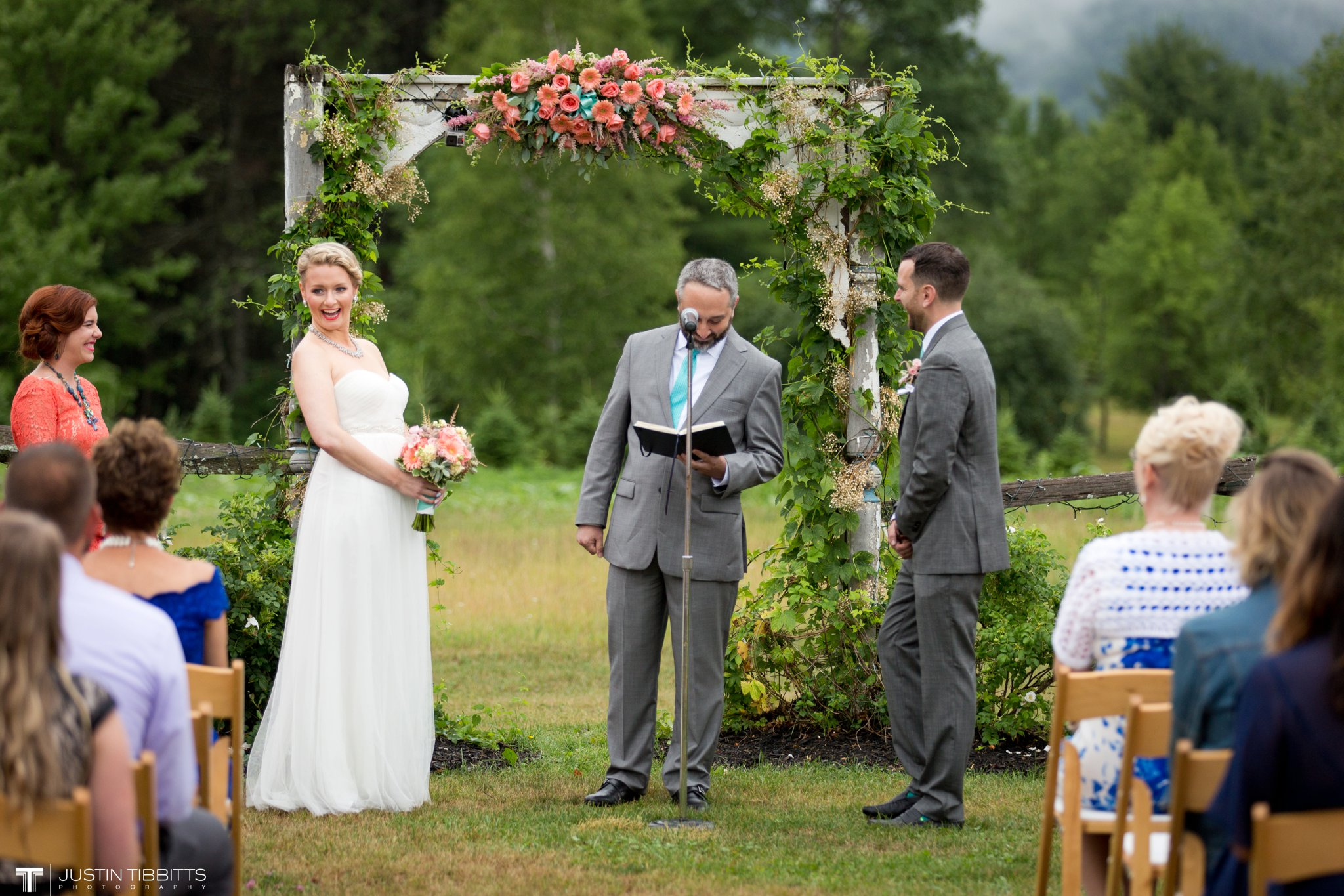 burlap-and-beams-wedding-photos-with-joran-and-molly_0058