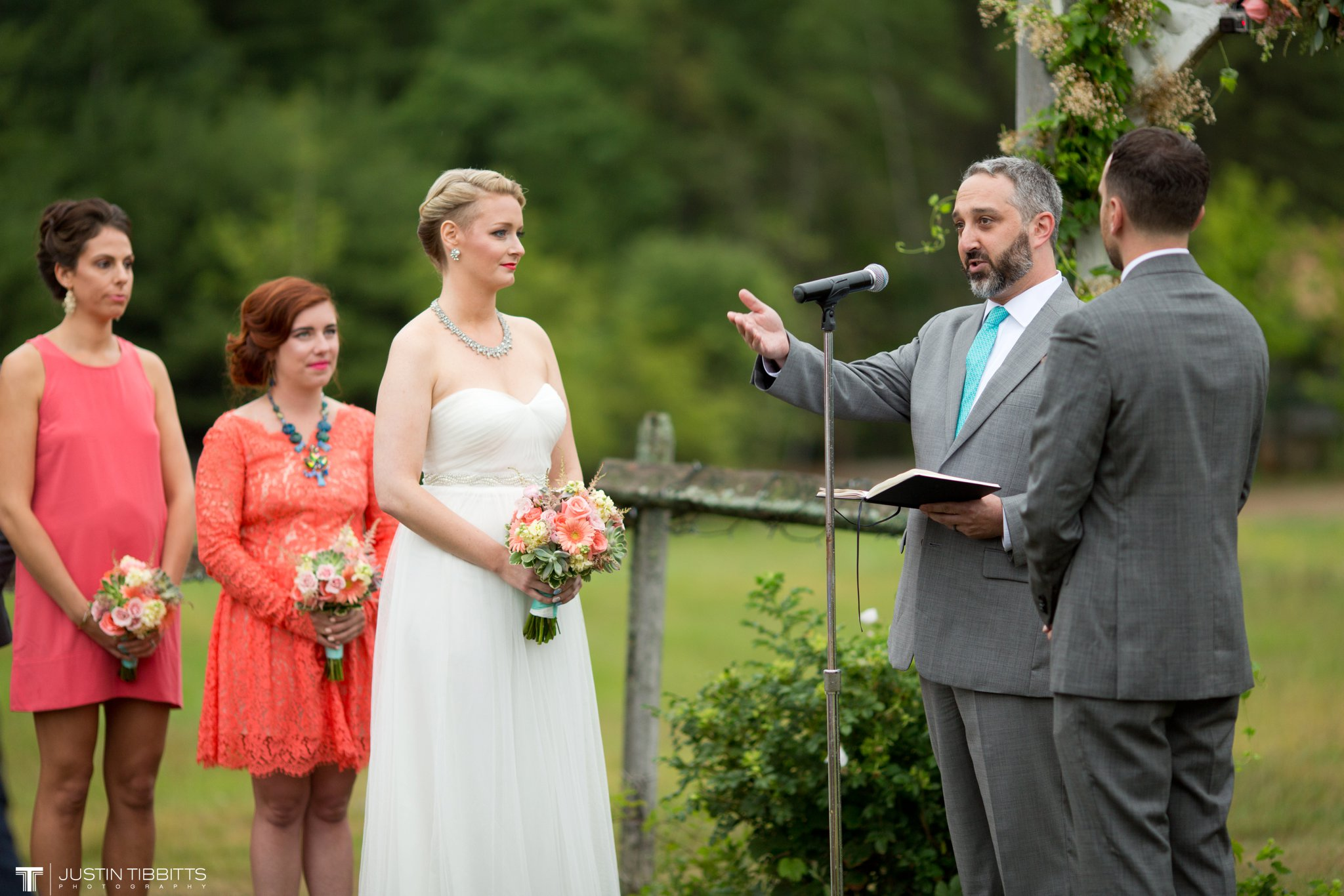 burlap-and-beams-wedding-photos-with-joran-and-molly_0061