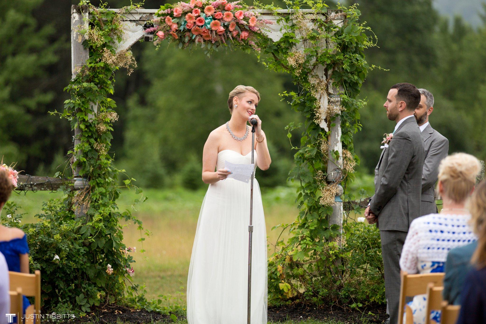 burlap-and-beams-wedding-photos-with-joran-and-molly_0066